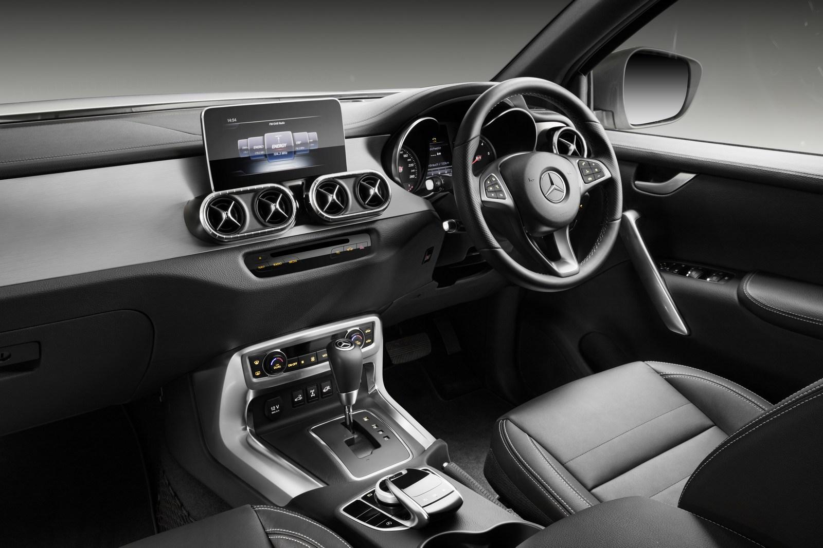 ... 2018 Mercedes-Benz X-Class pickup truck ...