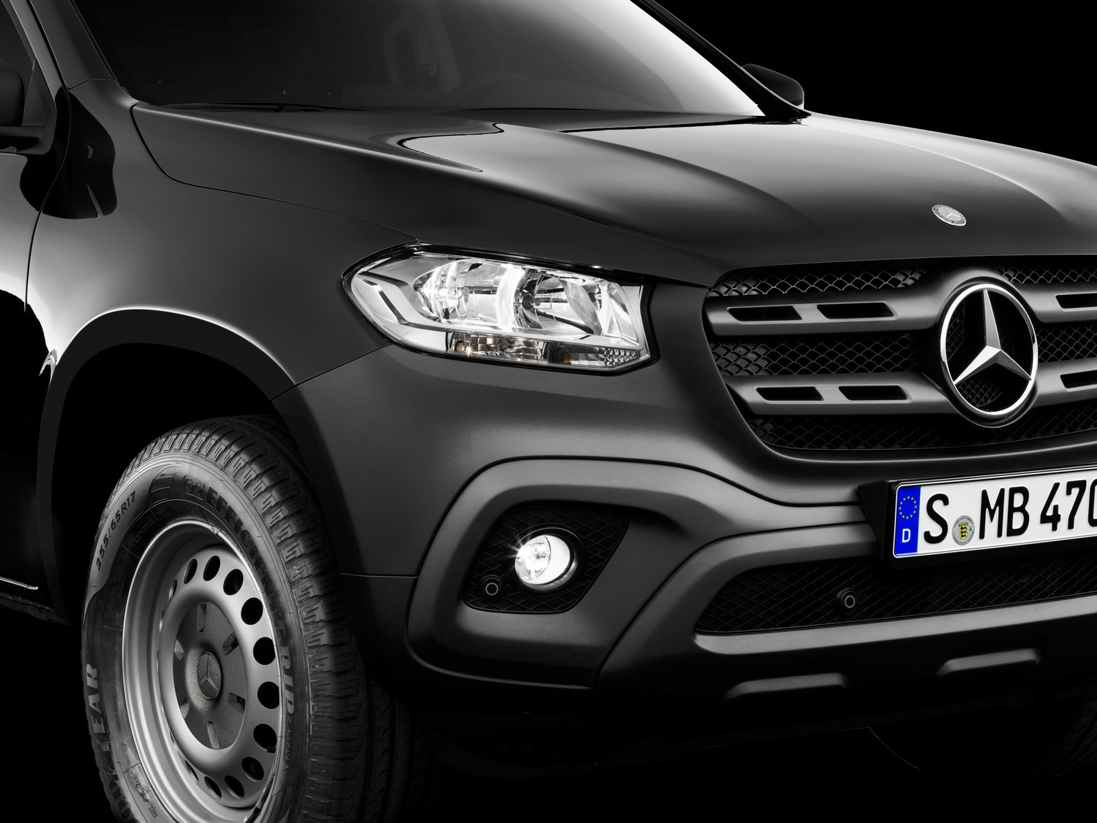 2018 mercedes benz x class can be had with steelies and a manual transmission autoevolution. Black Bedroom Furniture Sets. Home Design Ideas
