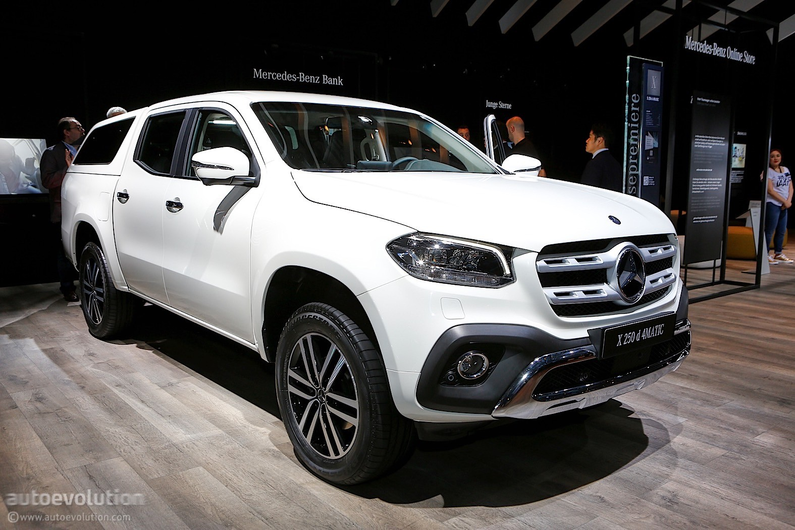 Hybrid Pickup Truck >> 2018 Mercedes-Benz X-Class is Like a Caveman in an Expensive Suit at IAA - autoevolution