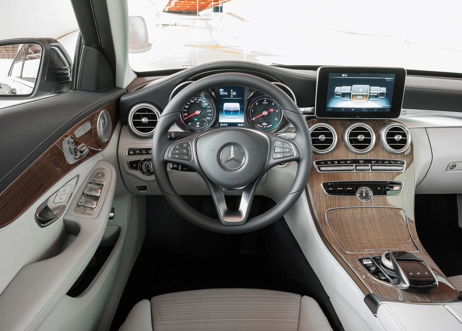 2018 Mercedes C Class Facelift Interior Spyshots S Class Digital Dashboard Could Bow In C