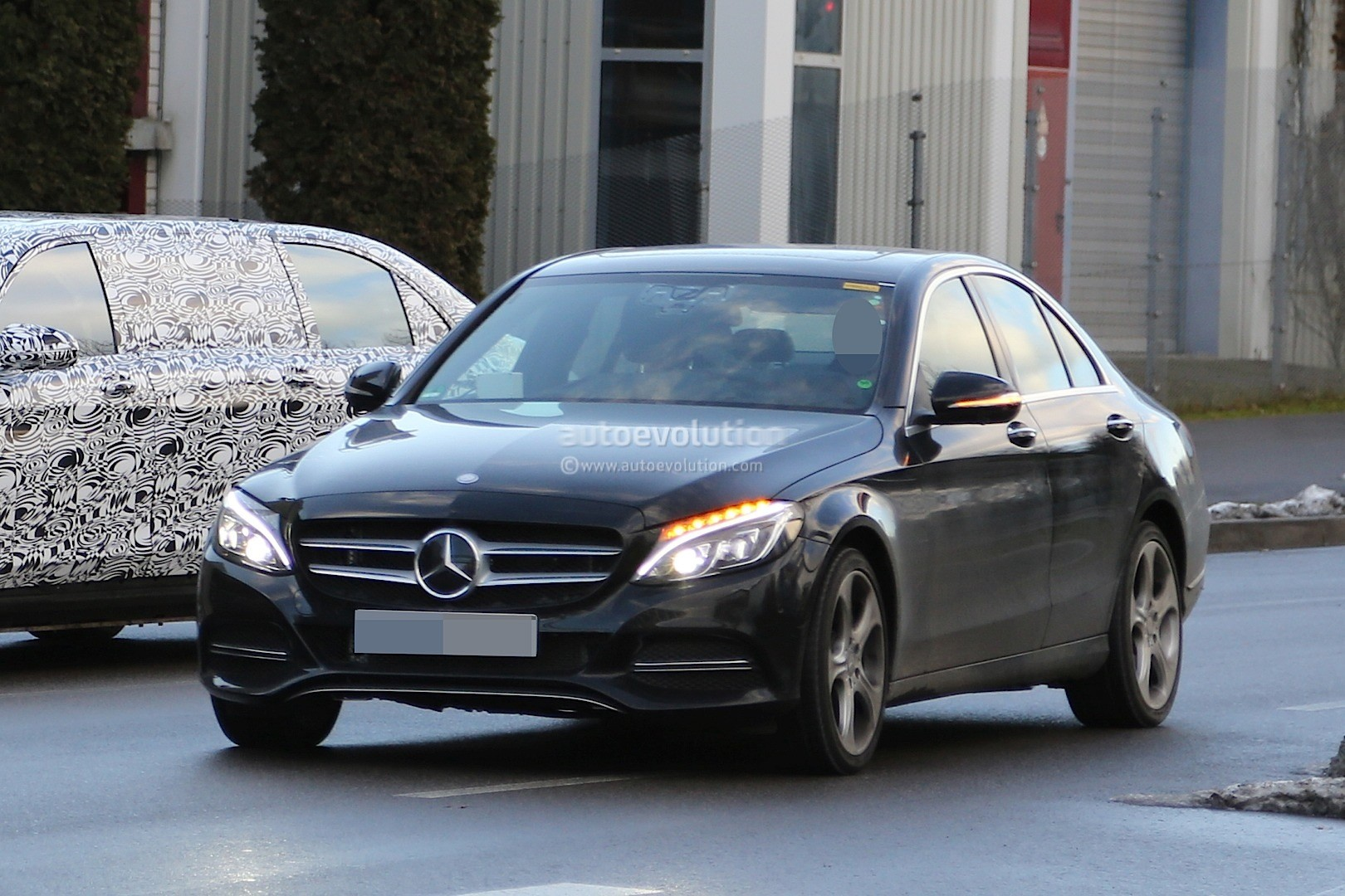 2018 mercedes c class facelift interior spyshots s class digital dashboard could bow in c. Black Bedroom Furniture Sets. Home Design Ideas