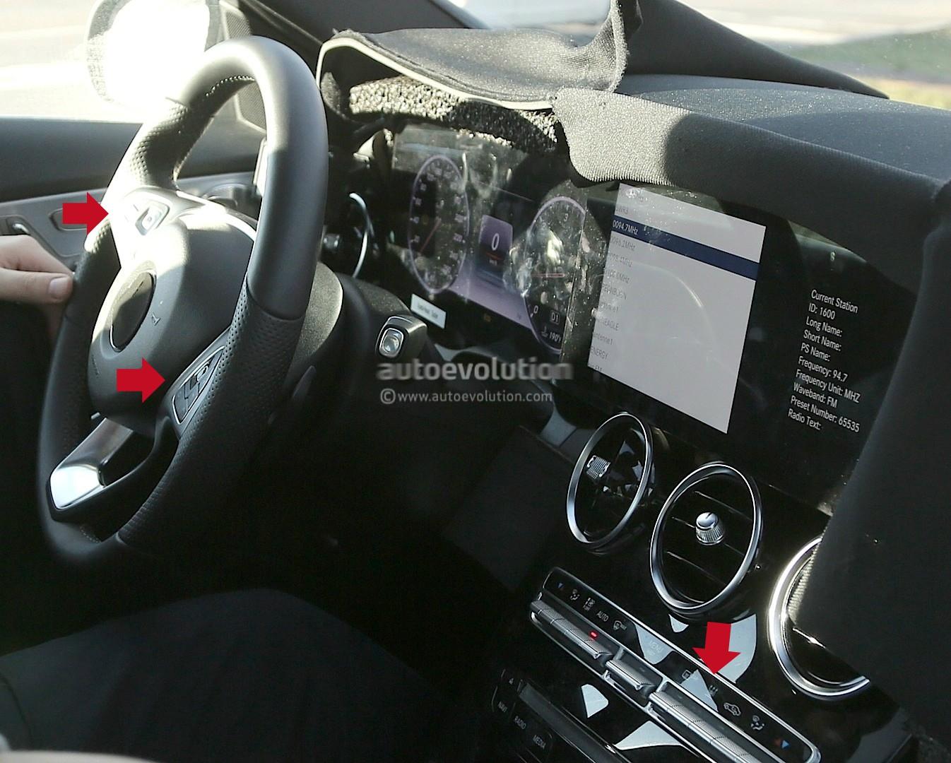Revista motor pillada la mula del mercedes clase c 2017 for Interior mercedes clase c
