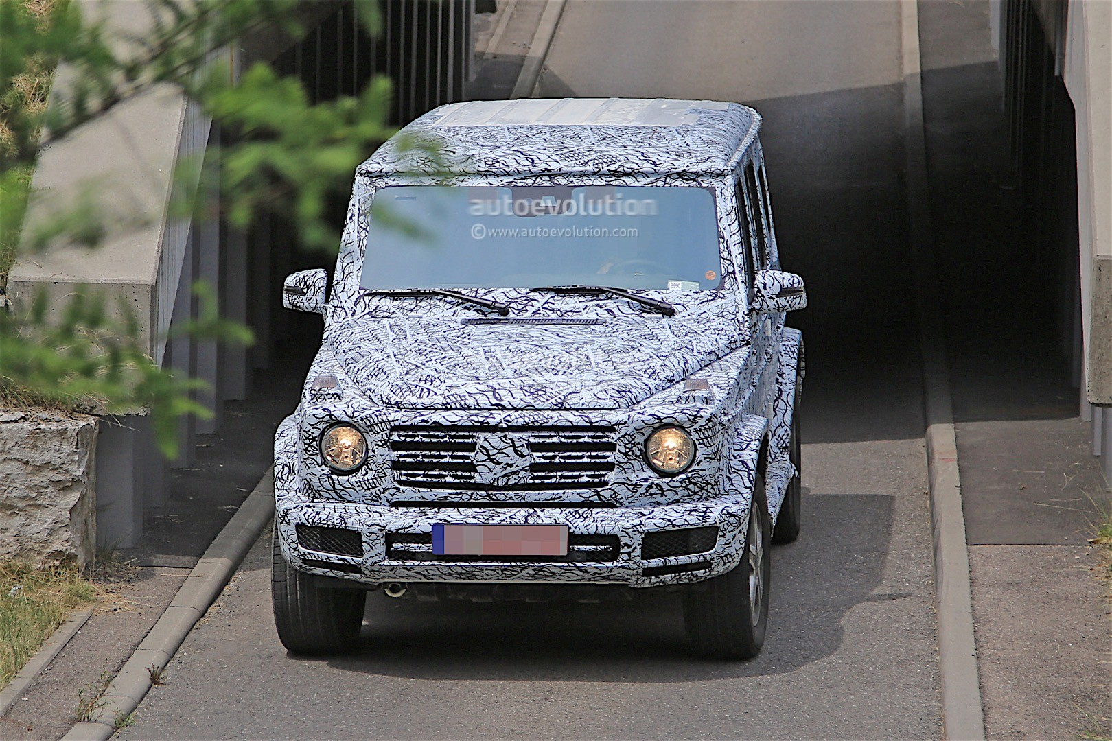 2018 mercedes g-class prototype spied on the road, sounds like a