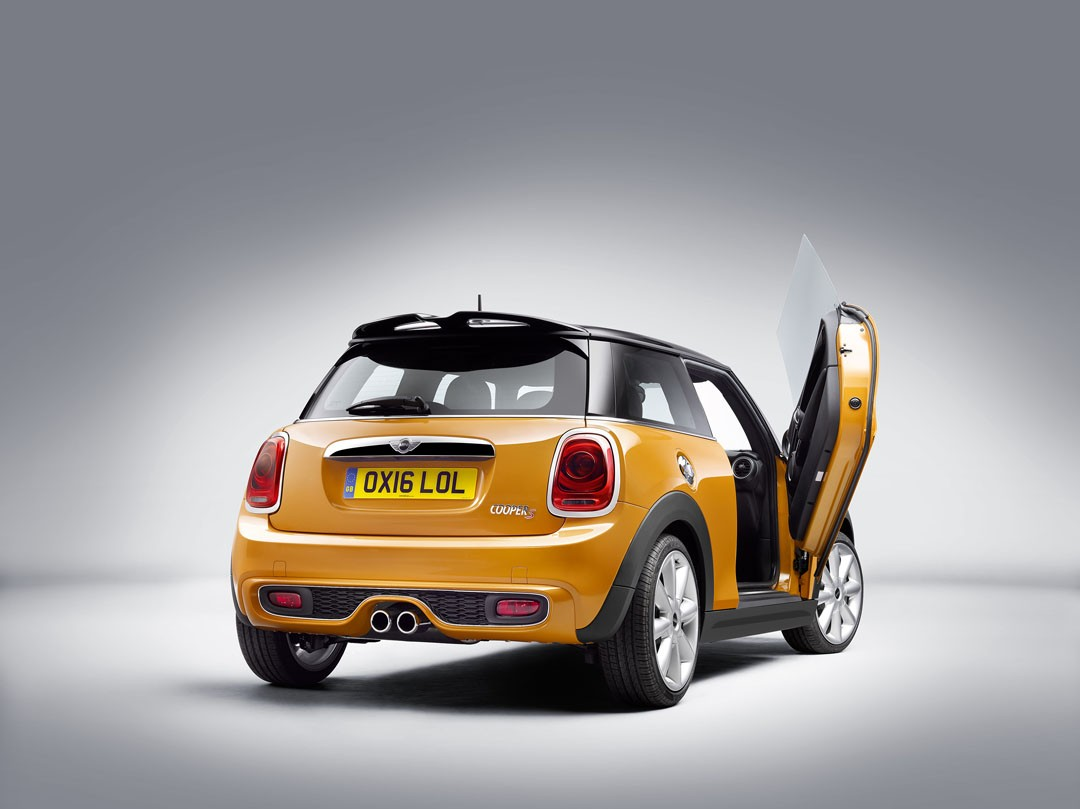 2018 Mini Will Feature Scissor Doors For Easier Access