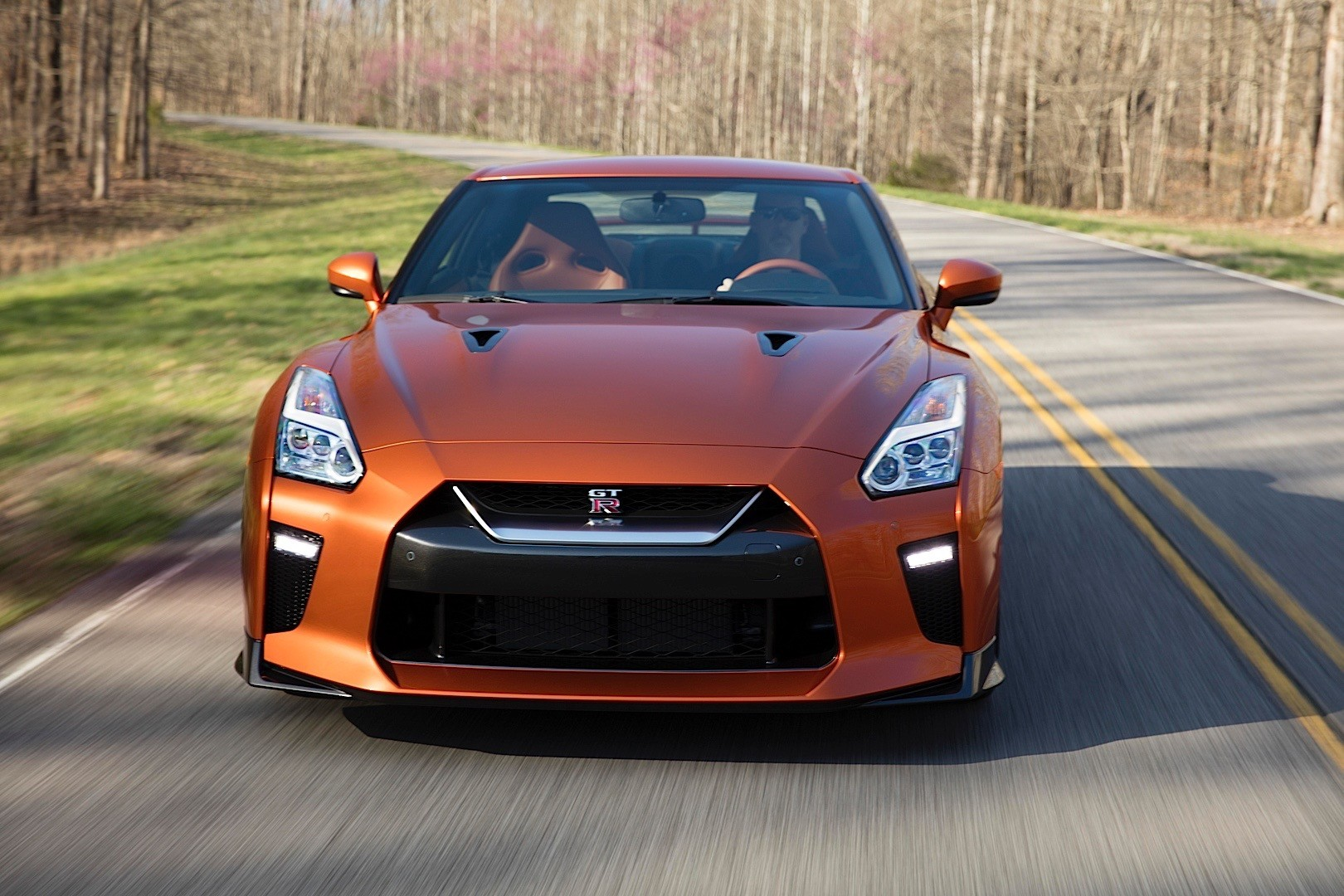 "2018 Nissan GT-R Introduces Entry-Level ""Pure"" Trim"