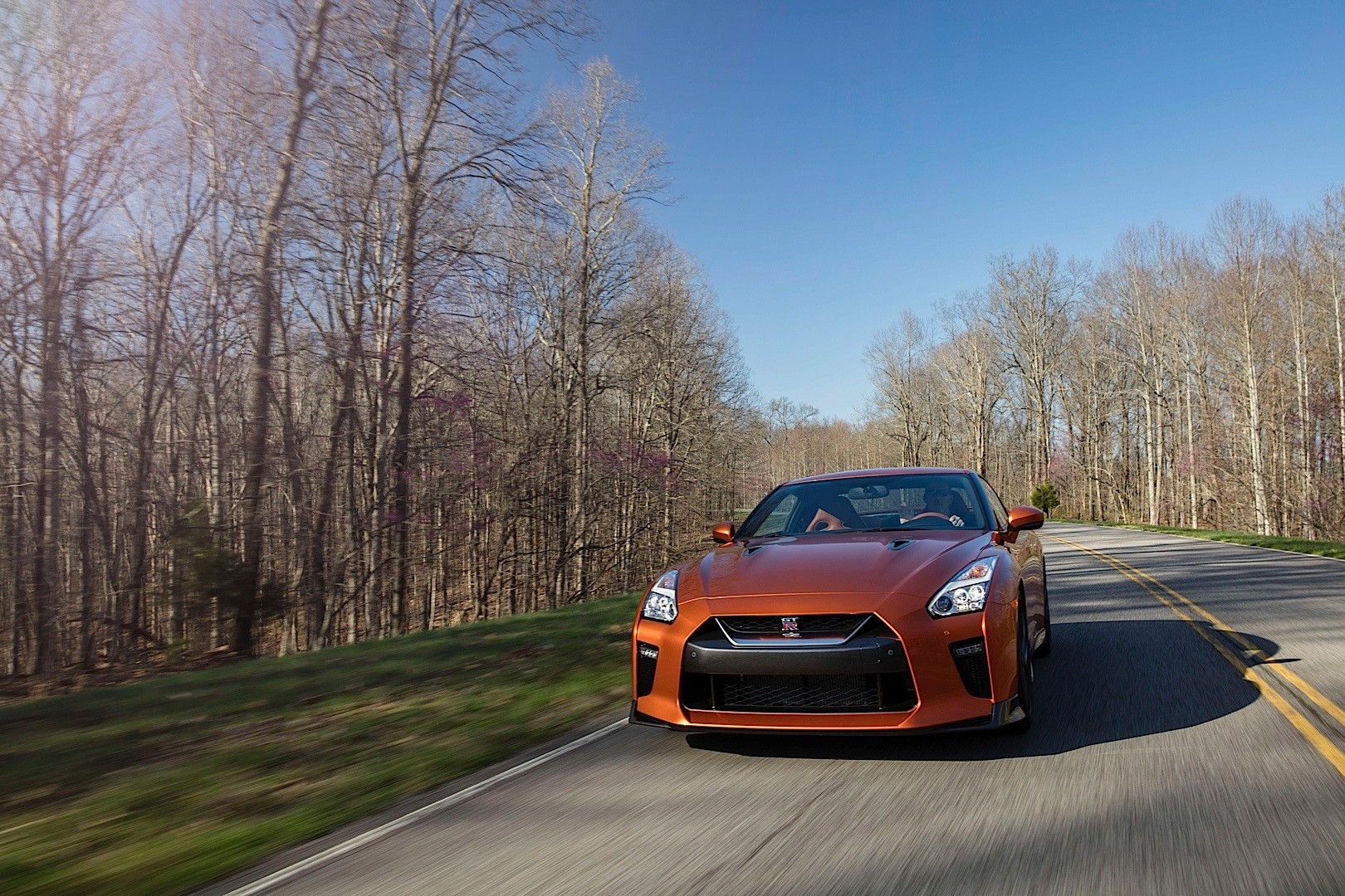 "2018 Nissan GT-R Introduces Entry-Level ""Pure"" Trim ..."