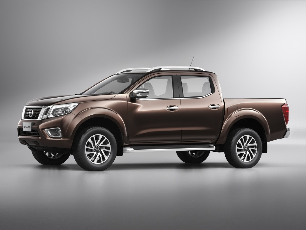 2018 Nissan Terra Walkaround Video Reveals Navara Details