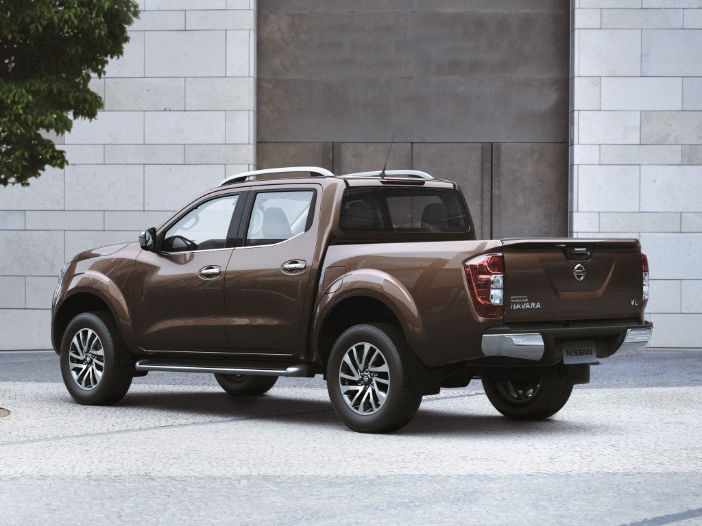 2018 Nissan Xterra Is A Navara With 7 Seats And Body-On ...