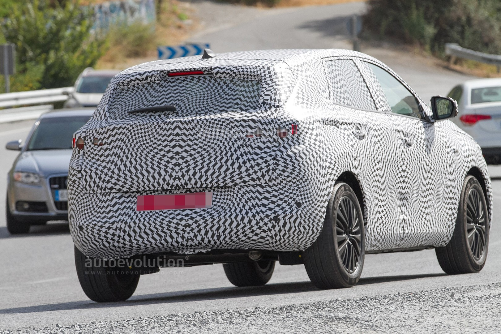 How To Replace Battery >> Spyshots: 2018 Peugeot 2008 Spy Photo Debut or Opel C-SUV? - autoevolution