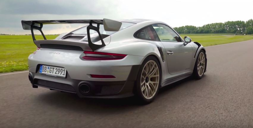 2018 porsche 911 gt2 rs did 208 mph on nurburgring lap record rumors intensi. Black Bedroom Furniture Sets. Home Design Ideas