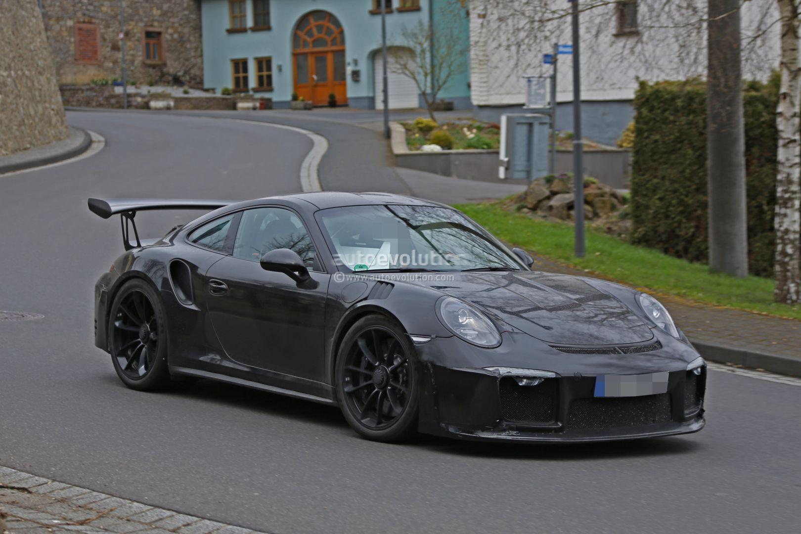 2018 Porsche 911 GT3 RS Spied, Has 4.2L Engine, 911 R-like ...