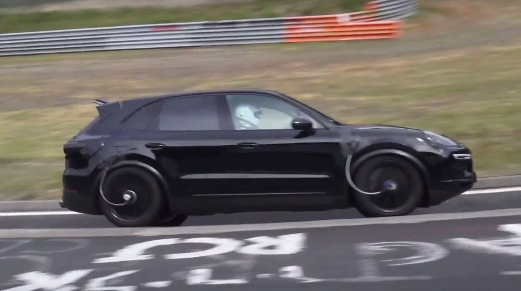 2018 porsche turbo. fine turbo 2018 porsche cayenne spied on nurburgring to porsche turbo