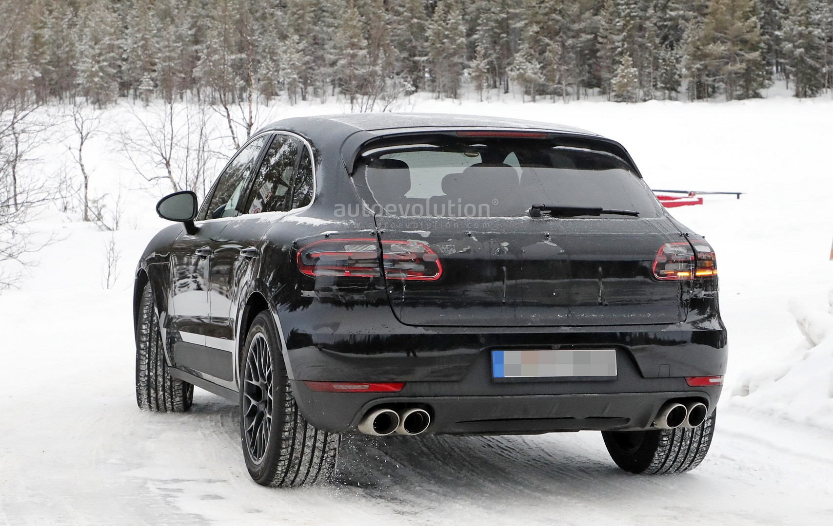 2018 Porsche Macan Facelift Spied Undergoing Winter