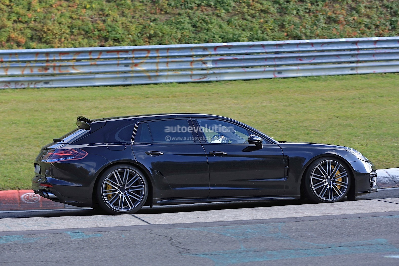 2018 Porsche Panamera Sport Turismo Wagon Spotted With