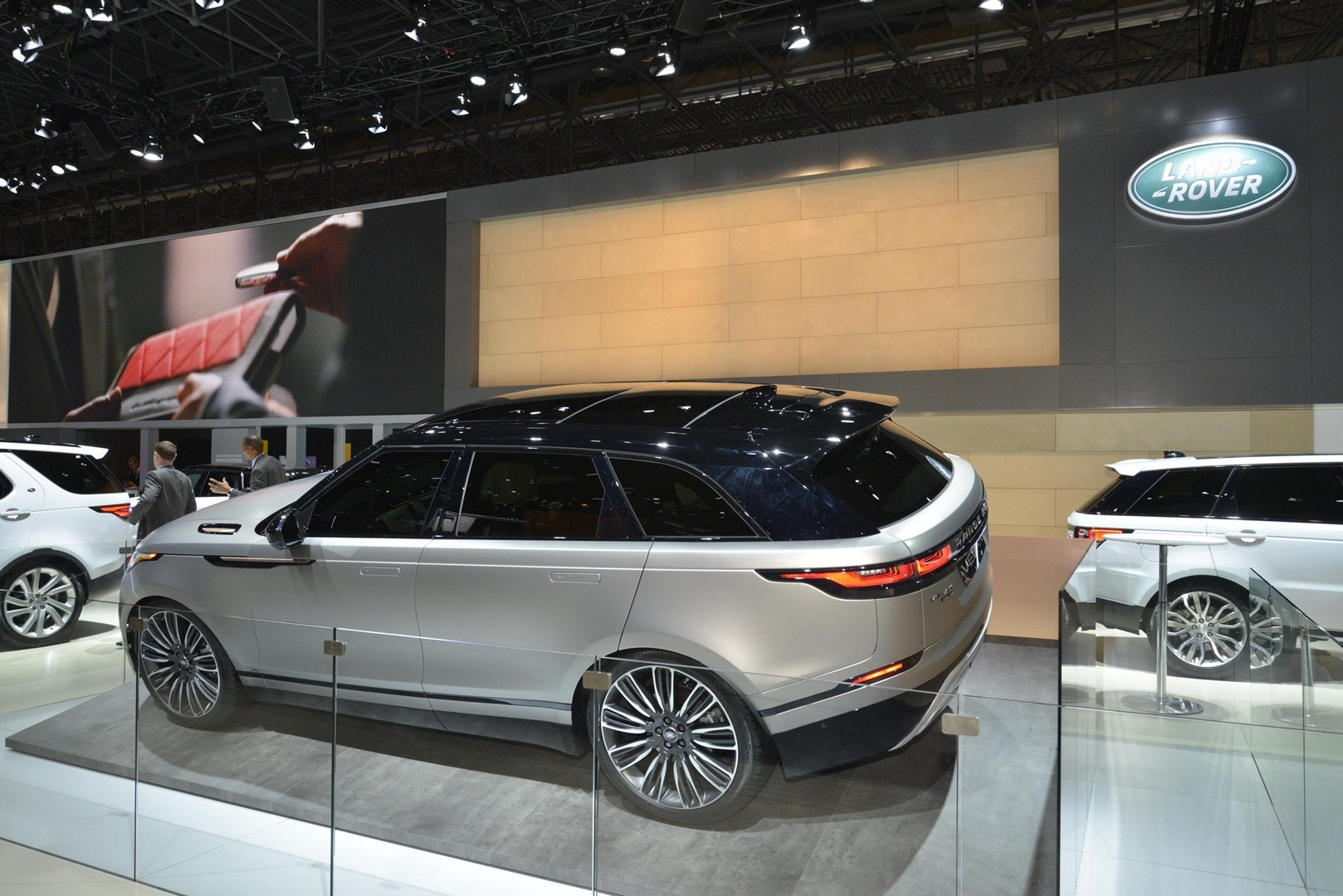 Land Rover Discovery >> Range Rover Velar Convertible Rendering Looks Like a ...