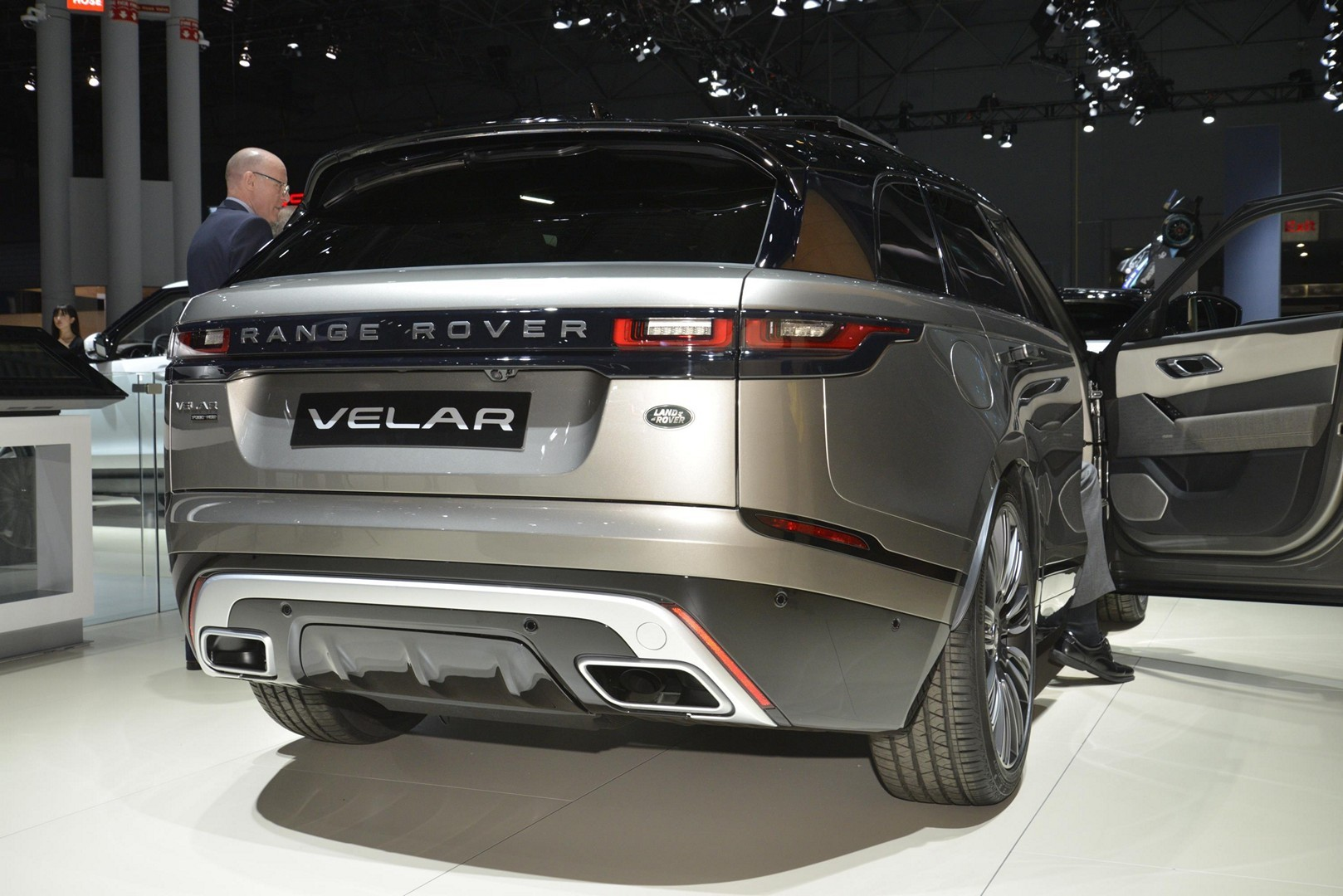 Creative 2018 Range Rover Velar Is A Veiled Brute In New York