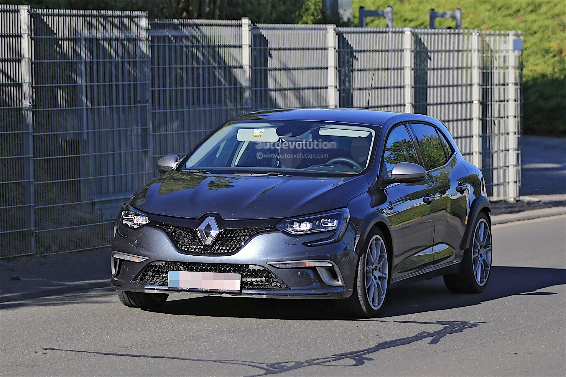 2018 renault megane rs confirmed for european market launch in september 2017 autoevolution. Black Bedroom Furniture Sets. Home Design Ideas
