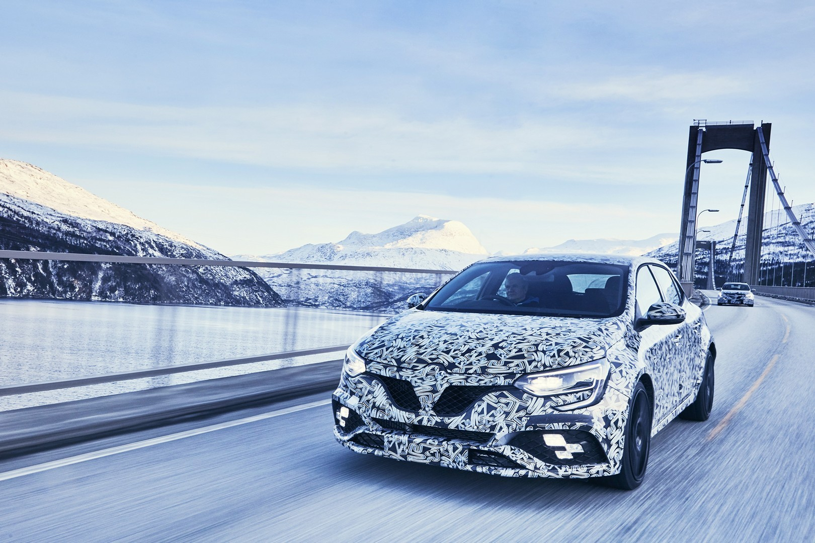 2018 renault megane rs specs. delighful renault official new renault megane rs gettings 4control and much more and 2018 renault megane rs specs