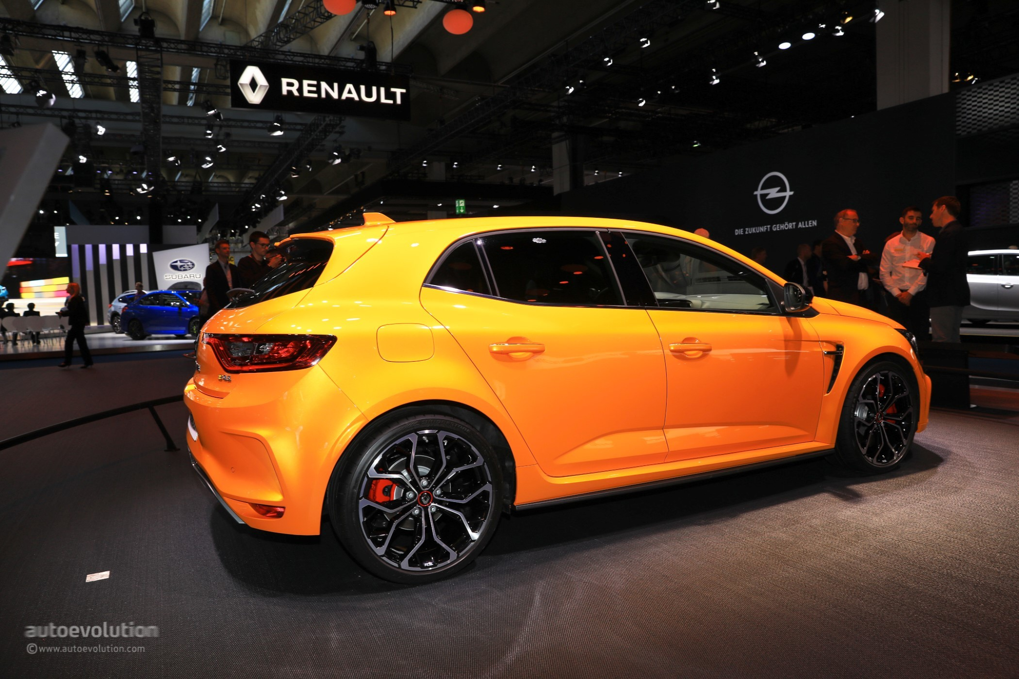 2018 Renault Megane Rs Is The Best Hot Hatchback At Iaa 2017