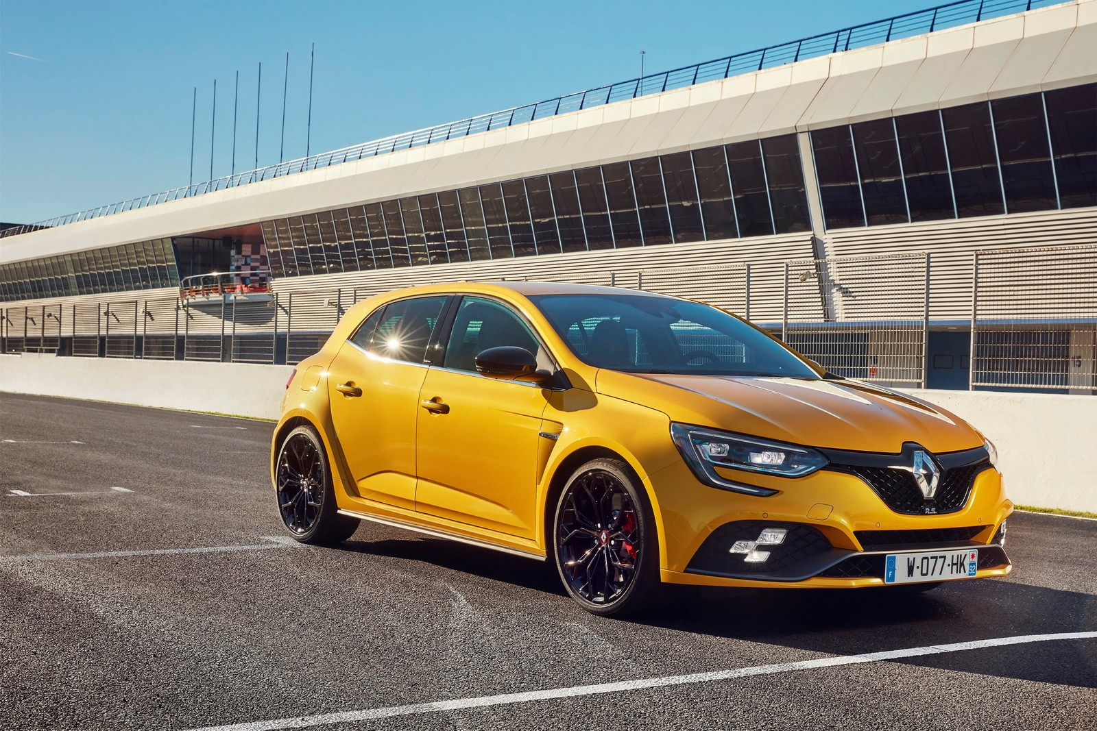 2018 renault megane rs showcases acceleration with digital. Black Bedroom Furniture Sets. Home Design Ideas