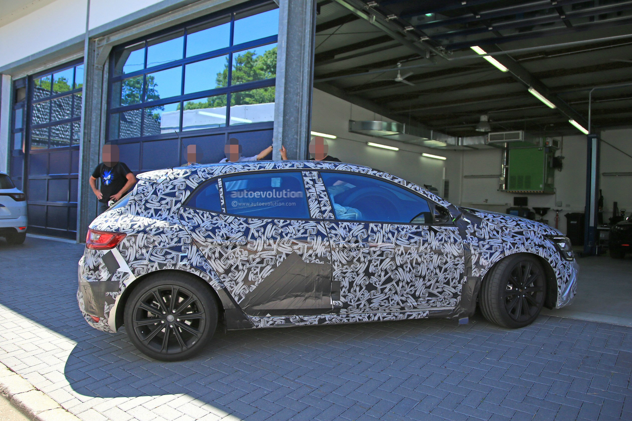 2018 renault alpine. wonderful alpine 2018 renault megane rs prototype for renault alpine t