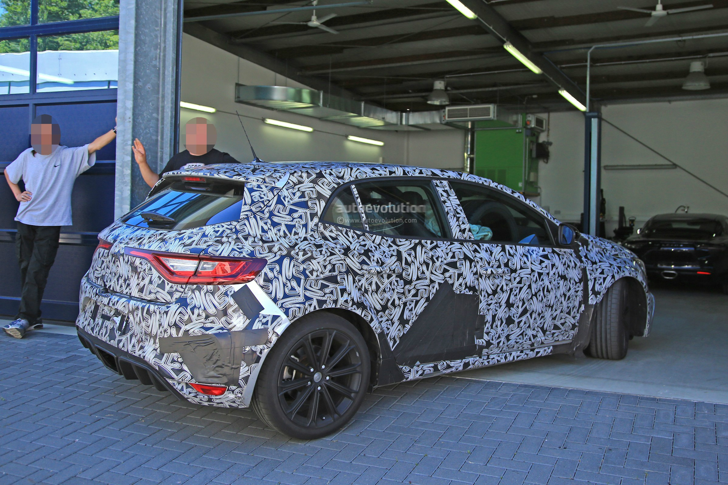 2018 renault megane rs review. interesting 2018 2018 renault megane rs prototype with renault megane rs review e