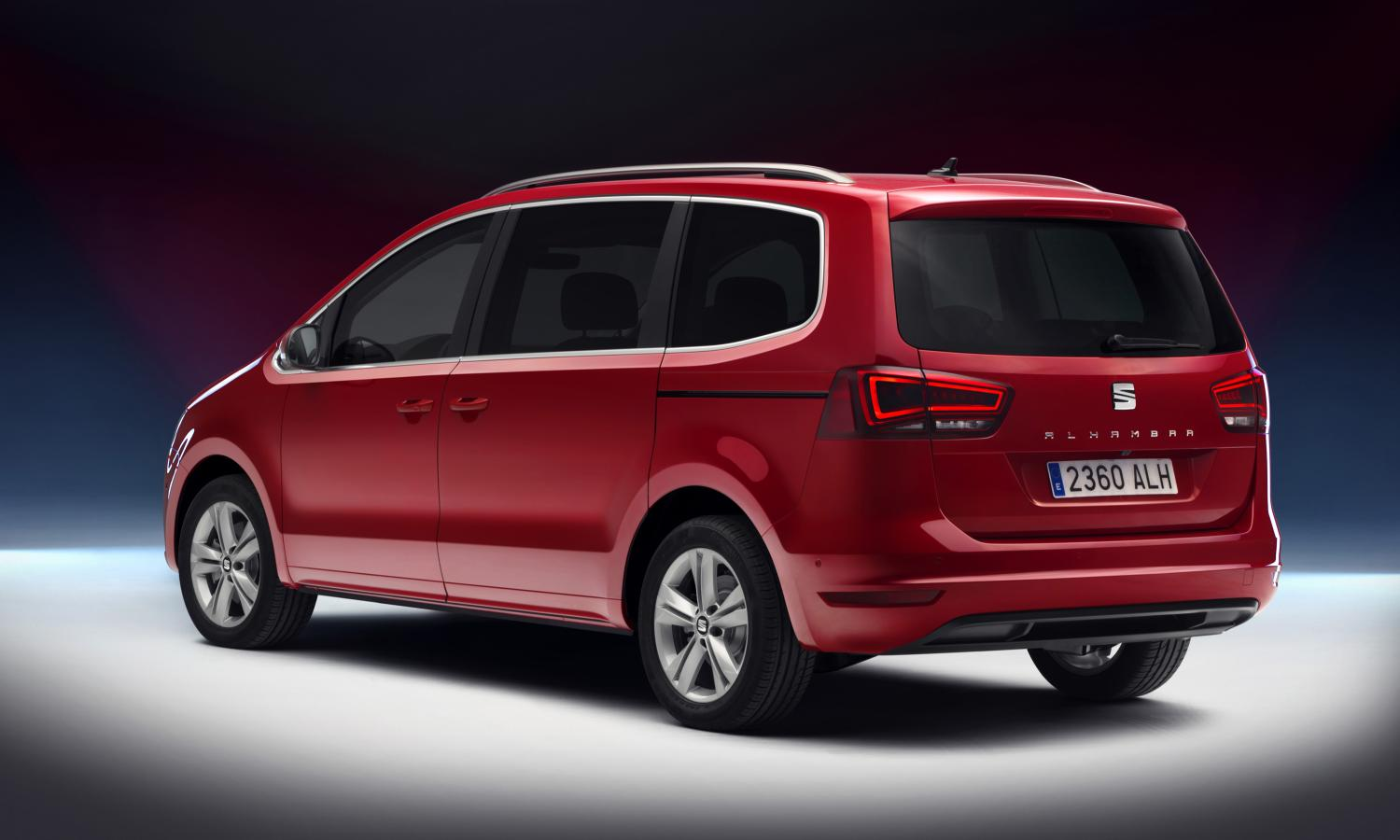 2018 seat alhambra xcellence fails to impress autoevolution. Black Bedroom Furniture Sets. Home Design Ideas
