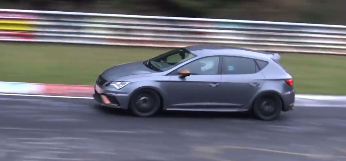 2018 seat leon cupra r 310 hp testing on nurburgring aiming for fwd record autoevolution. Black Bedroom Furniture Sets. Home Design Ideas