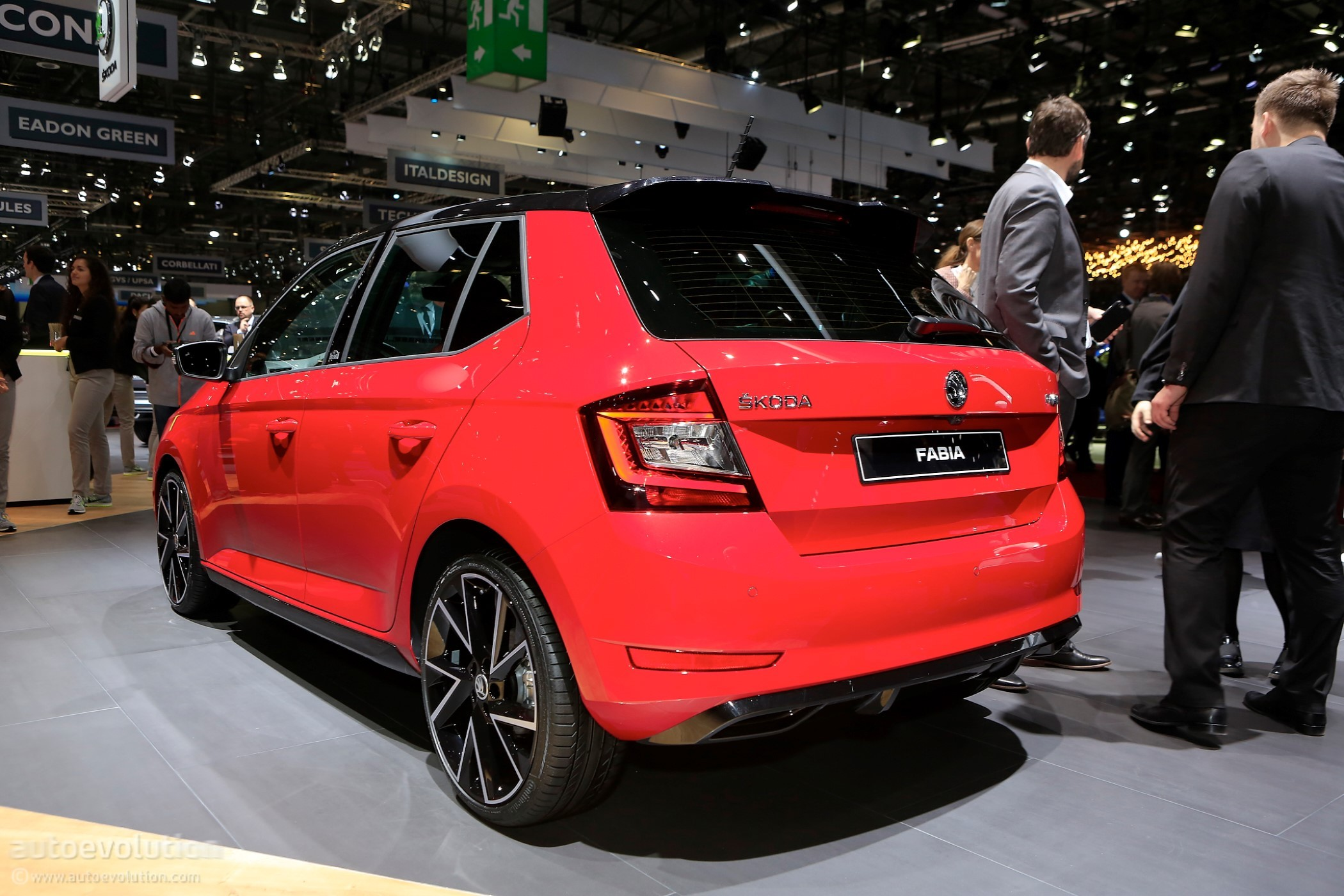 new skoda fabia engines revealed including 3 cylinder 1 4. Black Bedroom Furniture Sets. Home Design Ideas