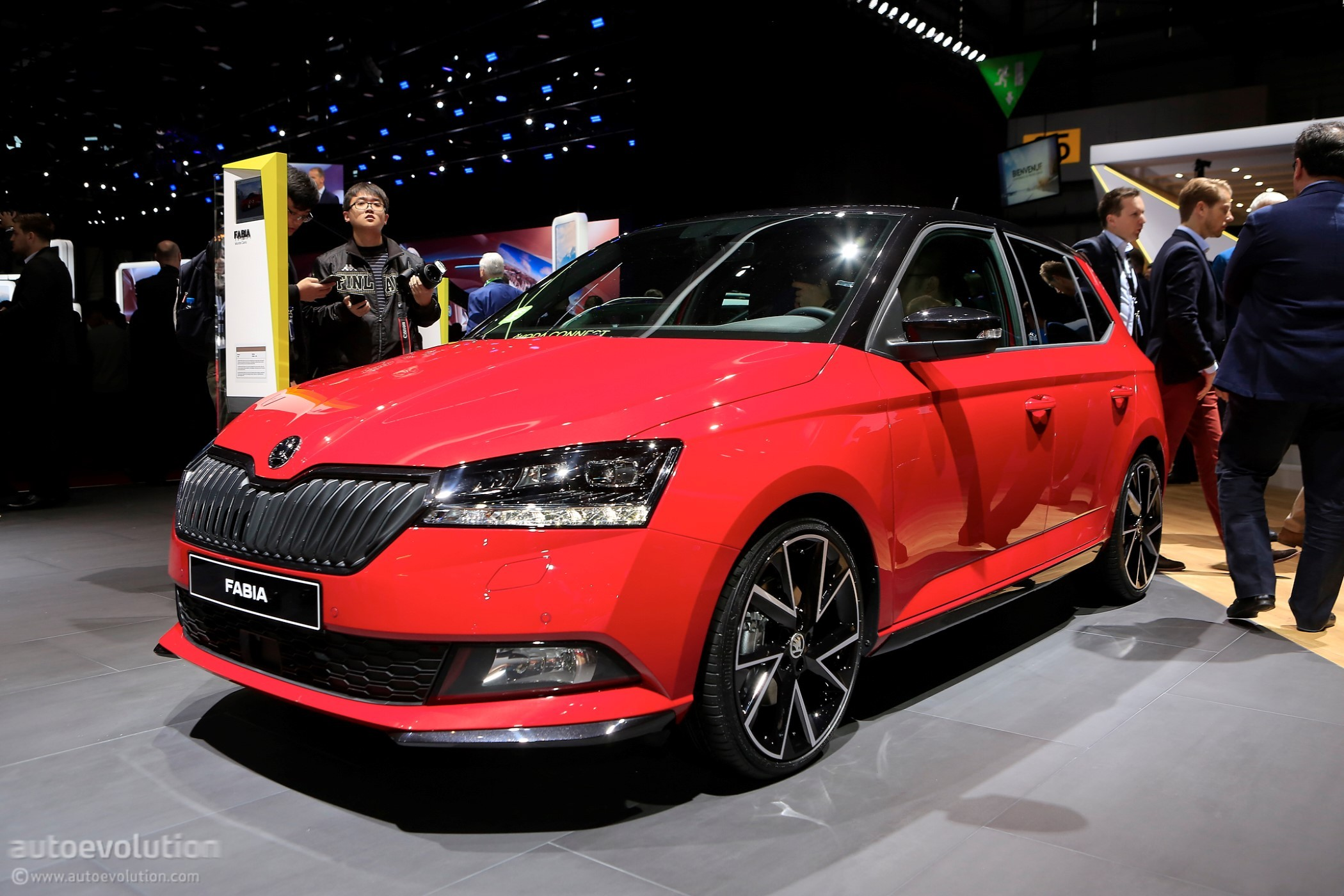 2018 skoda fabia rolls out mid cycle refresh at geneva motor show autoevolution. Black Bedroom Furniture Sets. Home Design Ideas