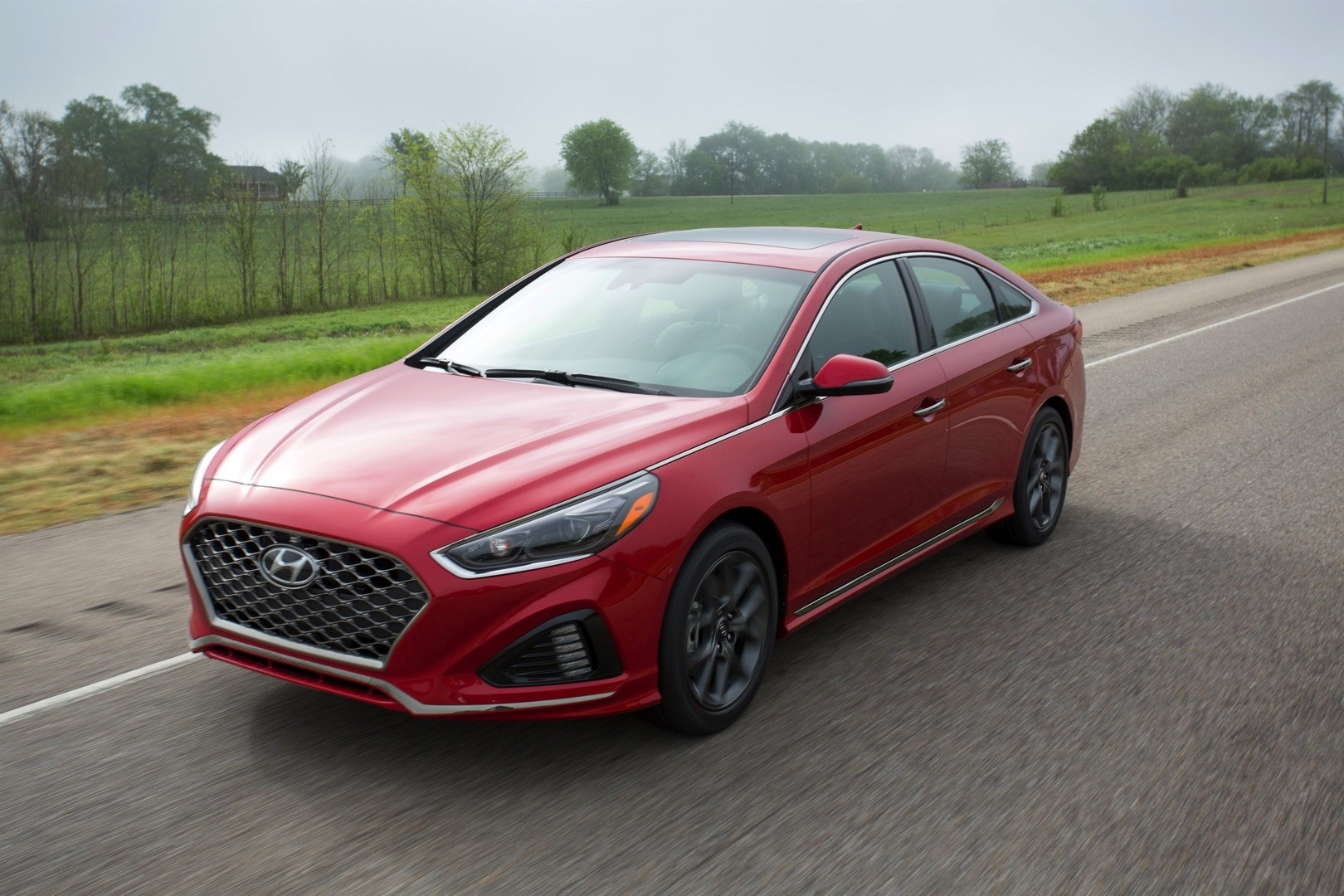 2018 hyundai sonata debuts with refreshed styling new. Black Bedroom Furniture Sets. Home Design Ideas