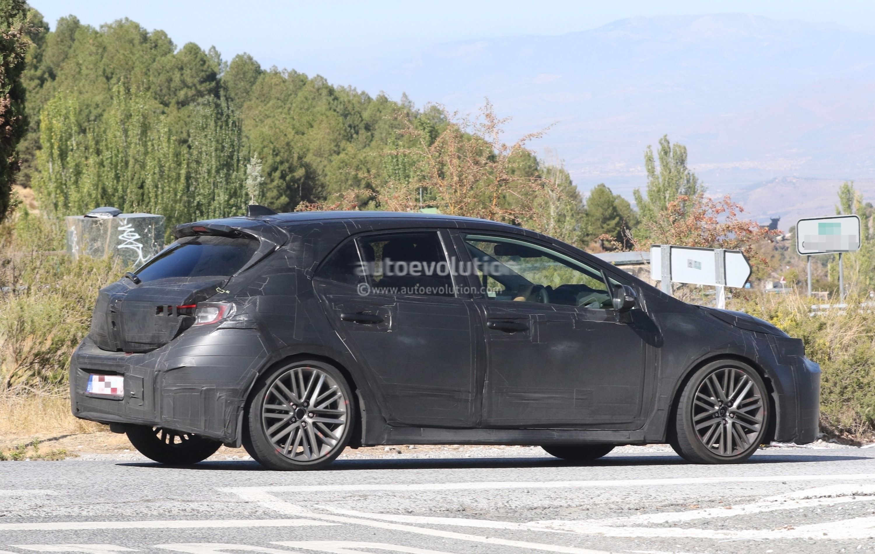 2019 toyota corolla hatchback im auris spied boasts. Black Bedroom Furniture Sets. Home Design Ideas