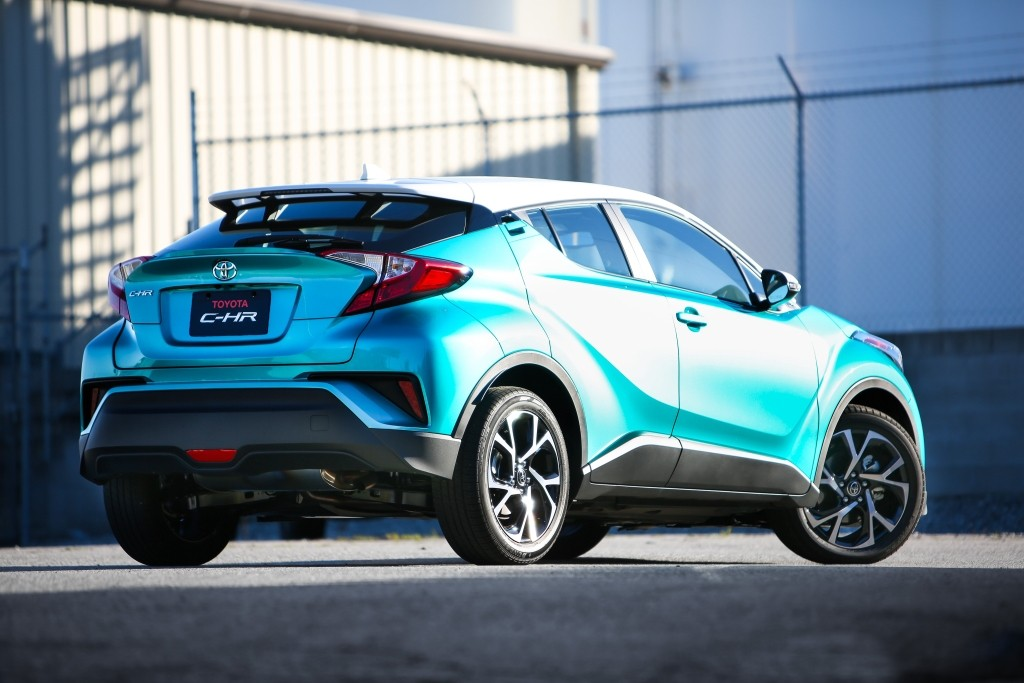 toyota c-hr 360 video review lists what's wrong with the japanese