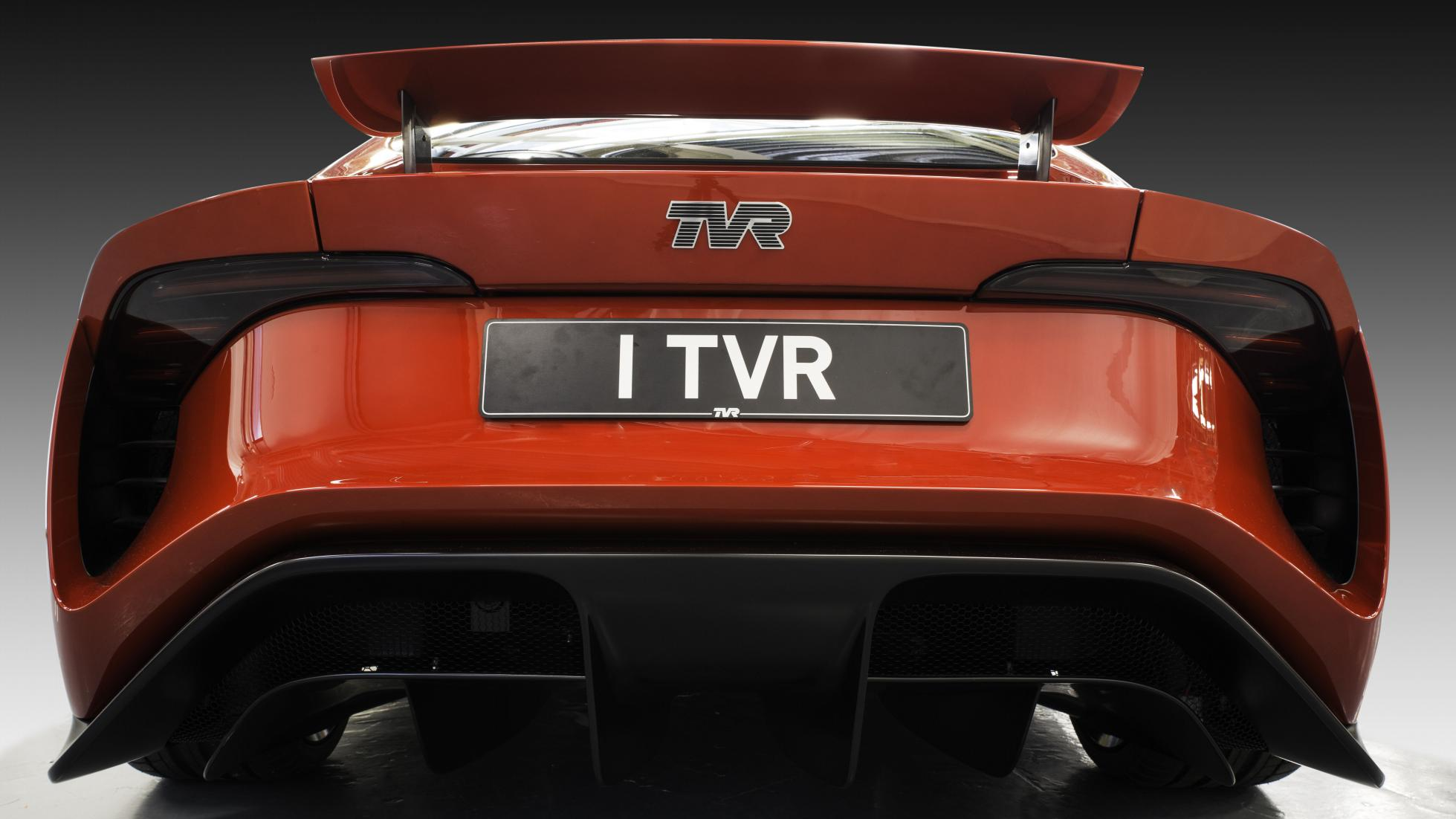 2018 tvr griffith test drive makes ceo laugh and swear. Black Bedroom Furniture Sets. Home Design Ideas