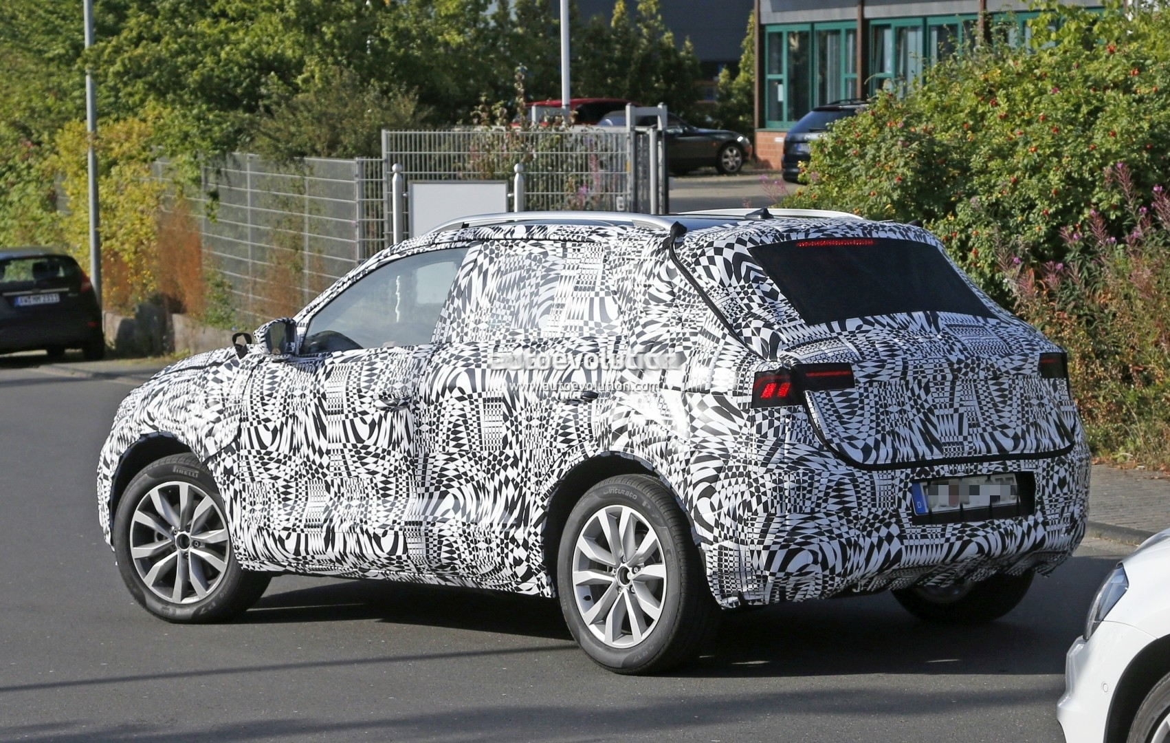 2018 Volkswagen Polo-based Subcompact SUV Spied, US Market Entry ...