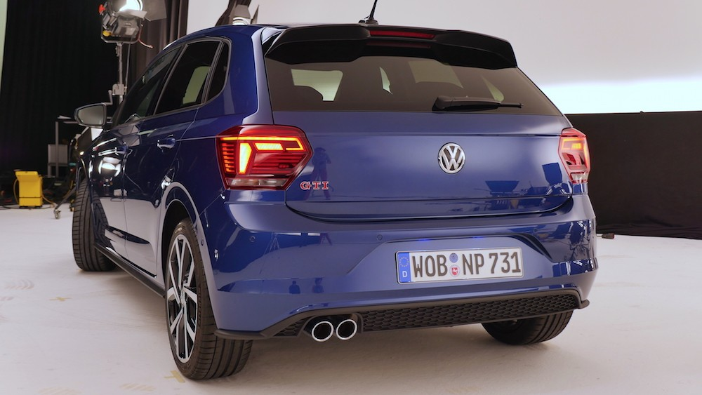 2018 volkswagen polo gti gets detailed walkaround ahead of launch autoevolution. Black Bedroom Furniture Sets. Home Design Ideas