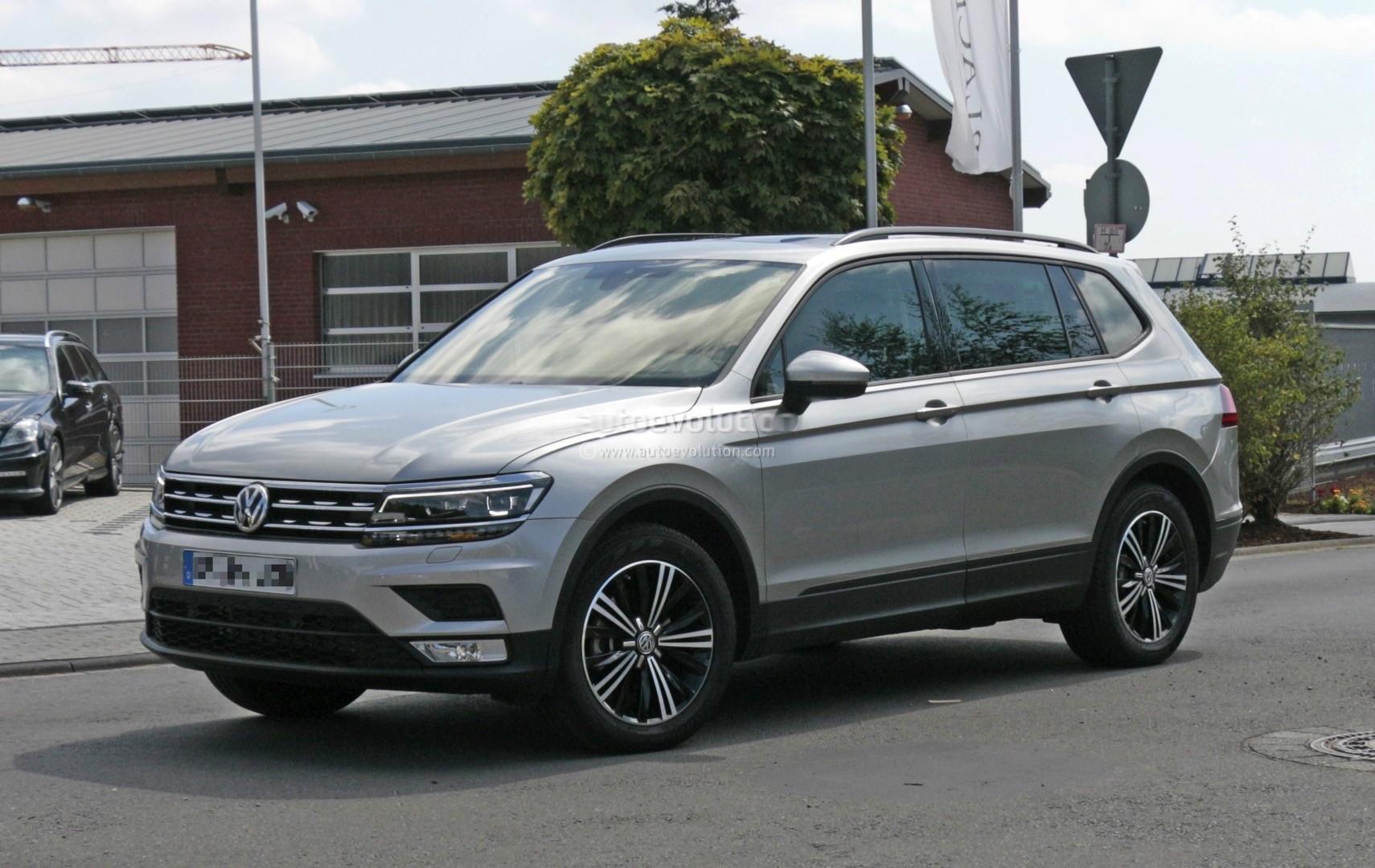 Used Vw Amarok >> 2018 Volkswagen Tiguan Allspace 7-Seater Teased for Detroit - autoevolution