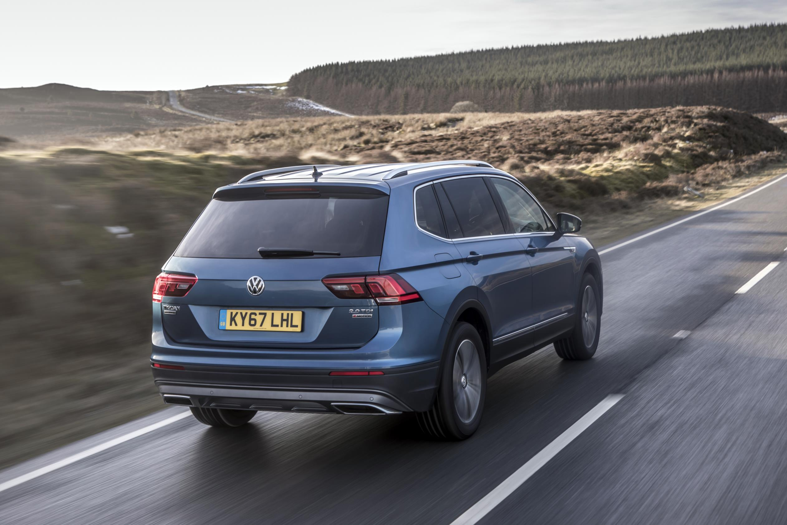2018 volkswagen tiguan allspace uk pricing and details announced autoevolution. Black Bedroom Furniture Sets. Home Design Ideas