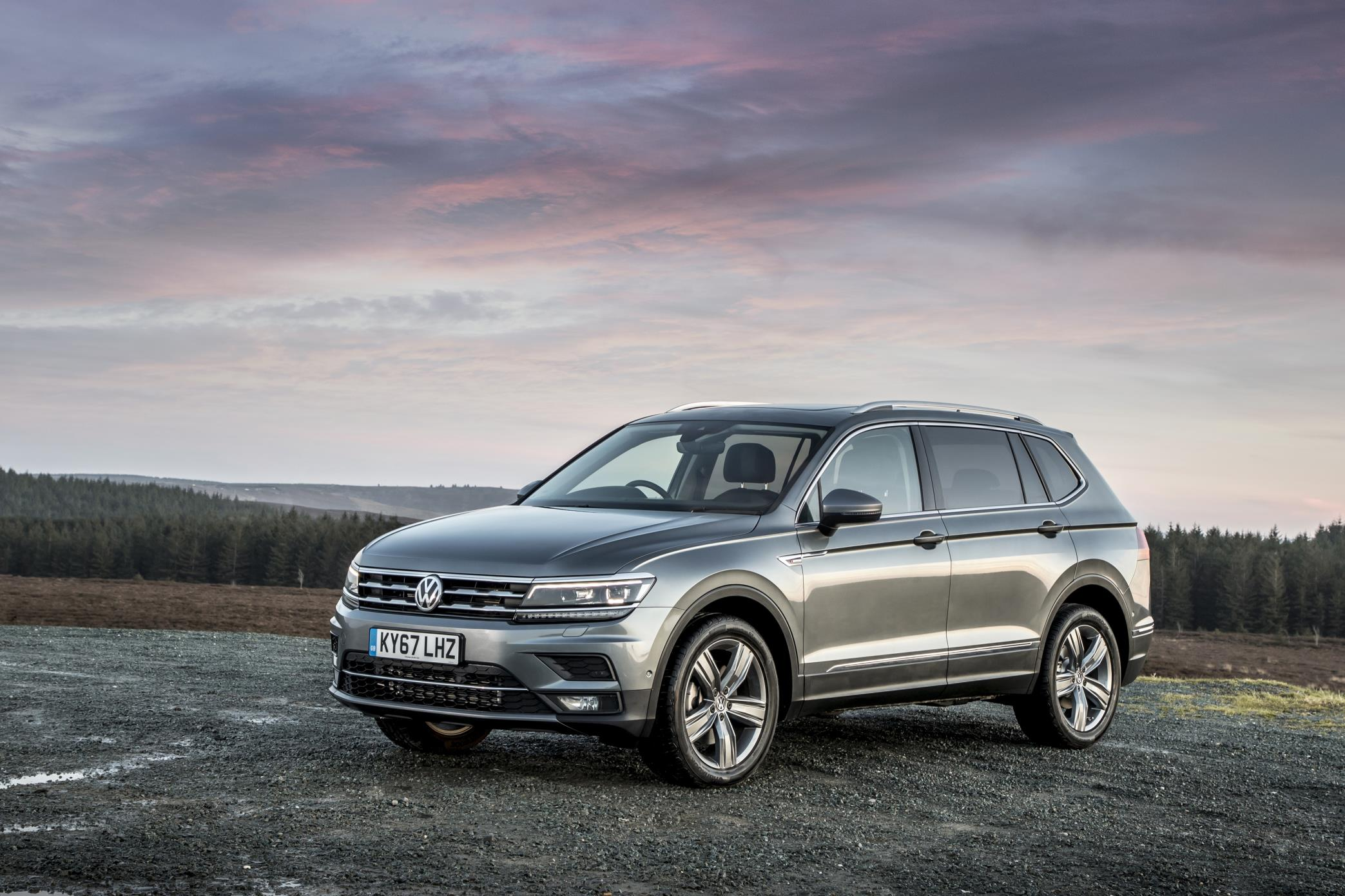 2018 volkswagen tiguan allspace uk pricing and details. Black Bedroom Furniture Sets. Home Design Ideas