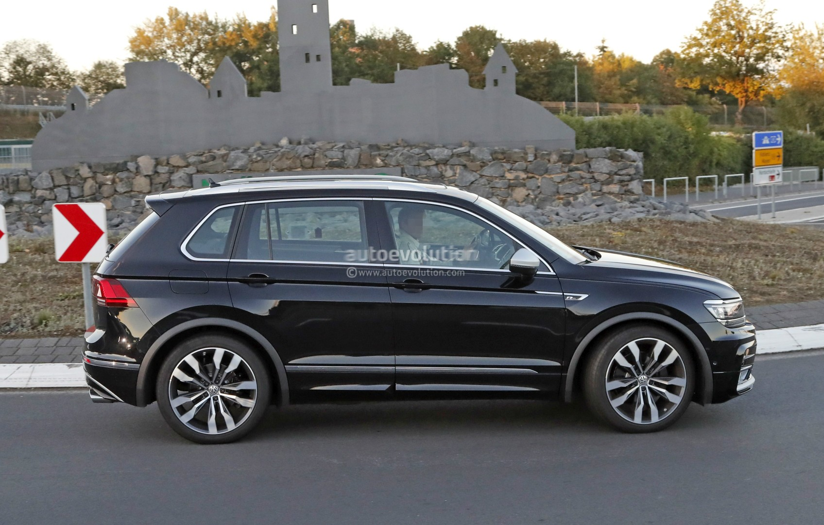 2018 Volkswagen Tiguan R Spotted At Nurburgring Not