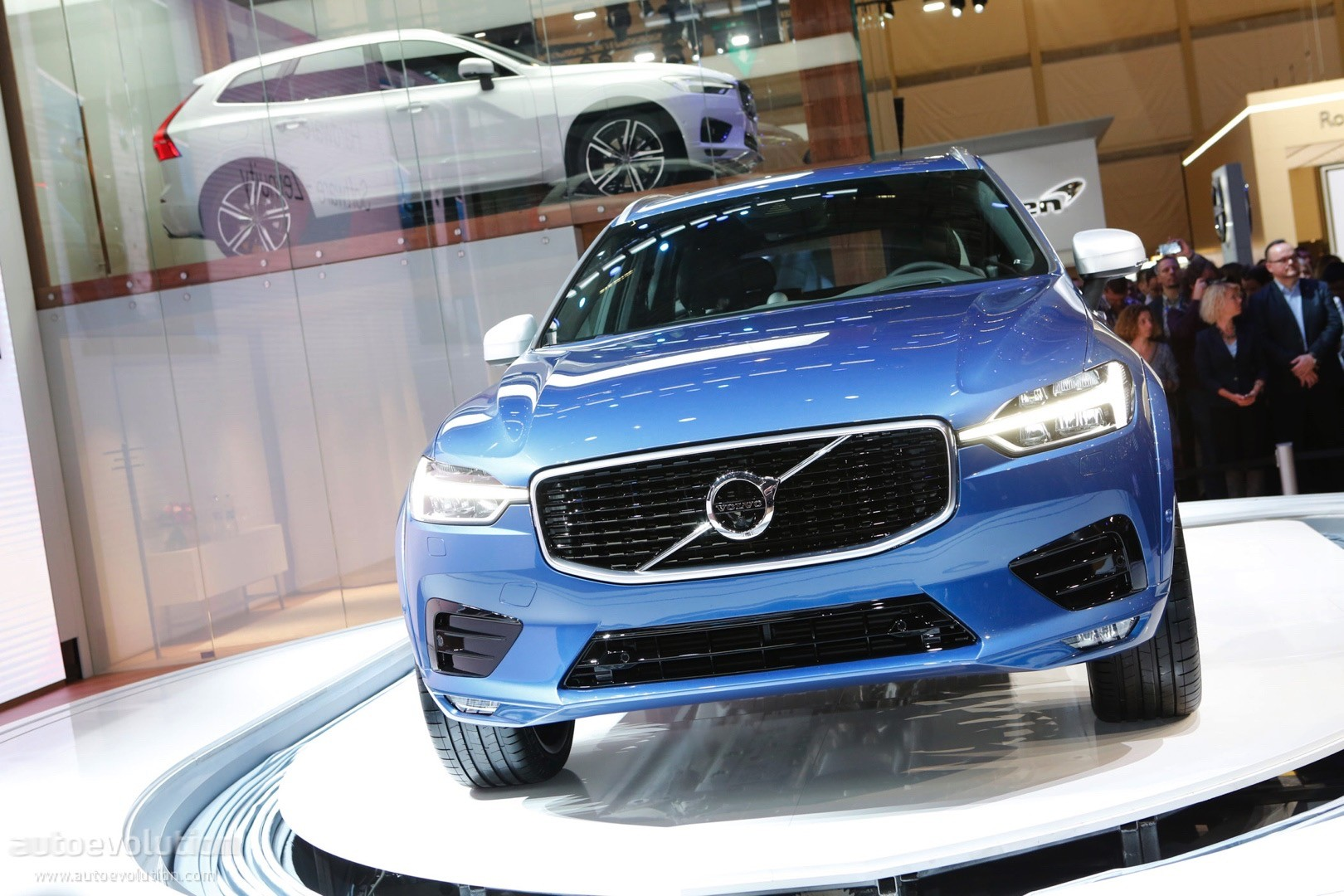 Volvo XC Making US Debut At New York Auto Show Autoevolution - Car show nyc 2018