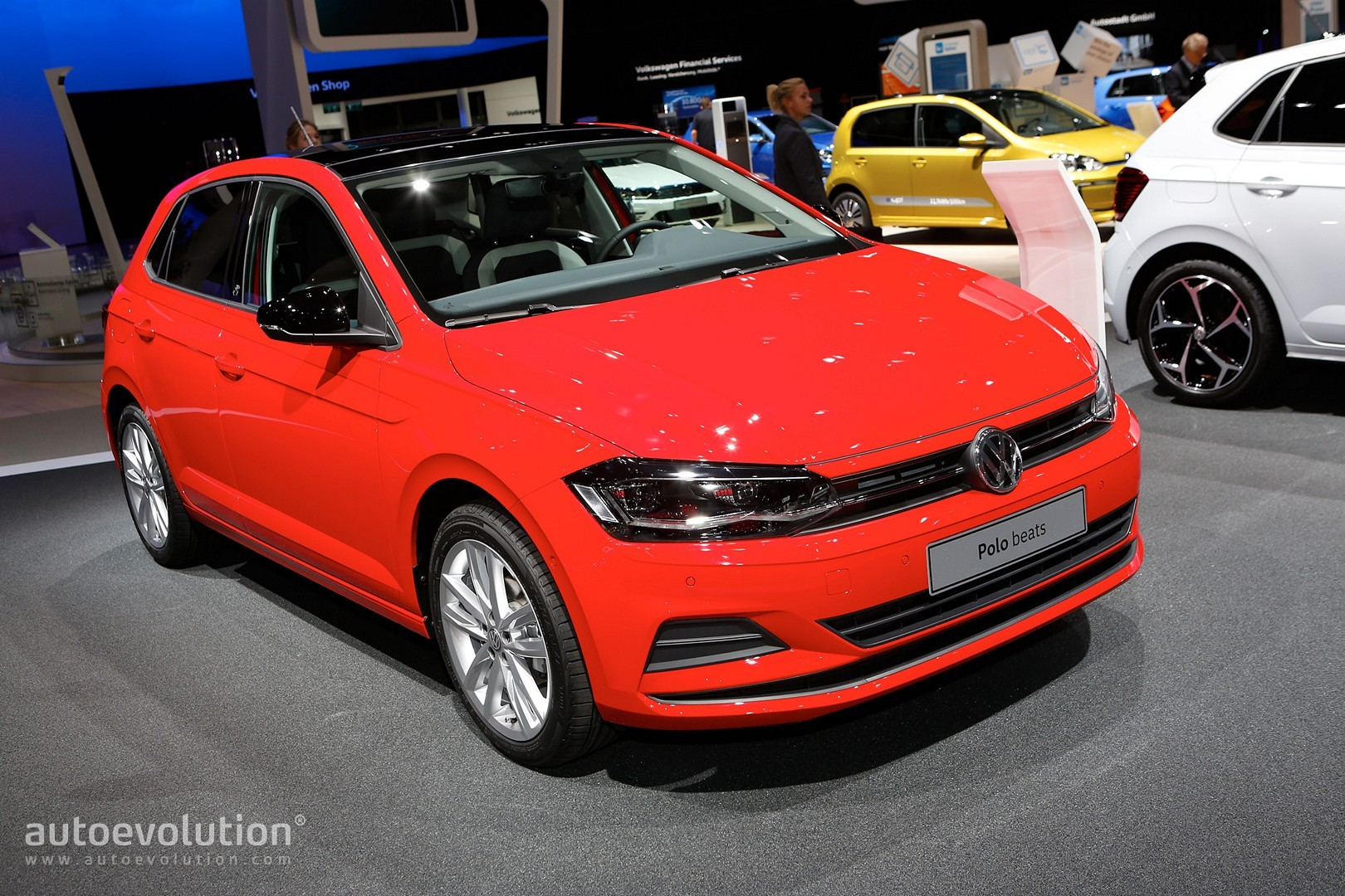2018 vw polo beats r line is unusually colorful in frankfurt autoevolution. Black Bedroom Furniture Sets. Home Design Ideas