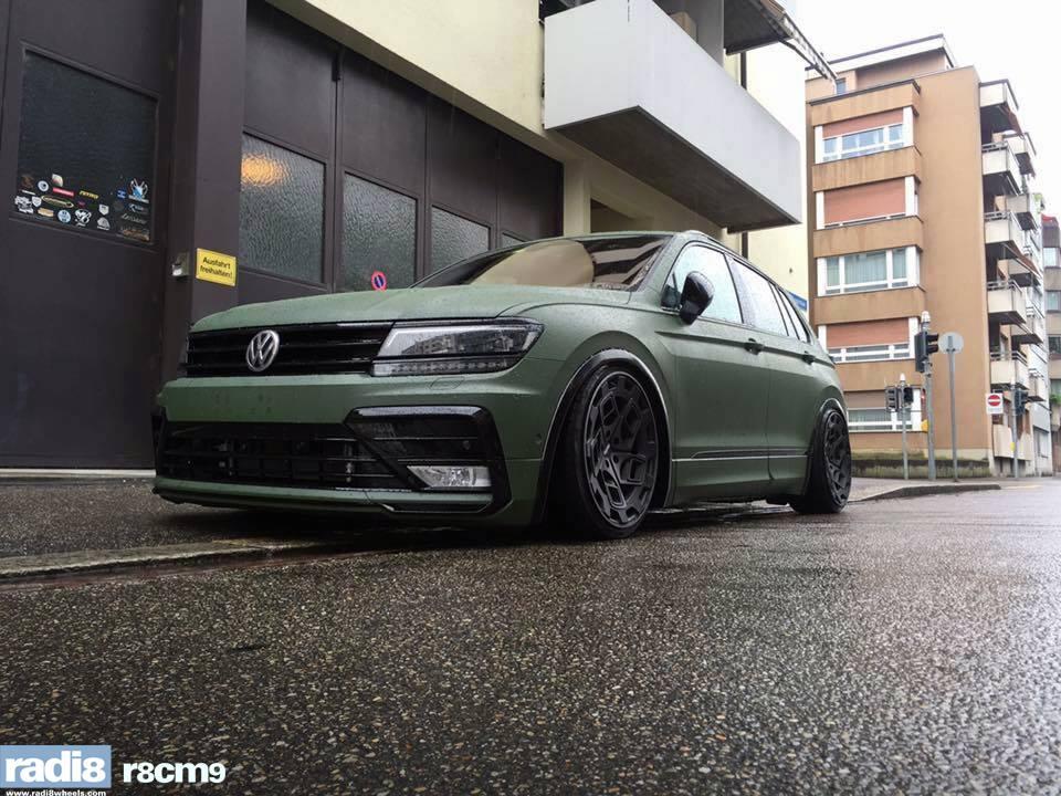 2018 VW Tiguan Lowrider Has RADI8 Wheels, Amry Wrap
