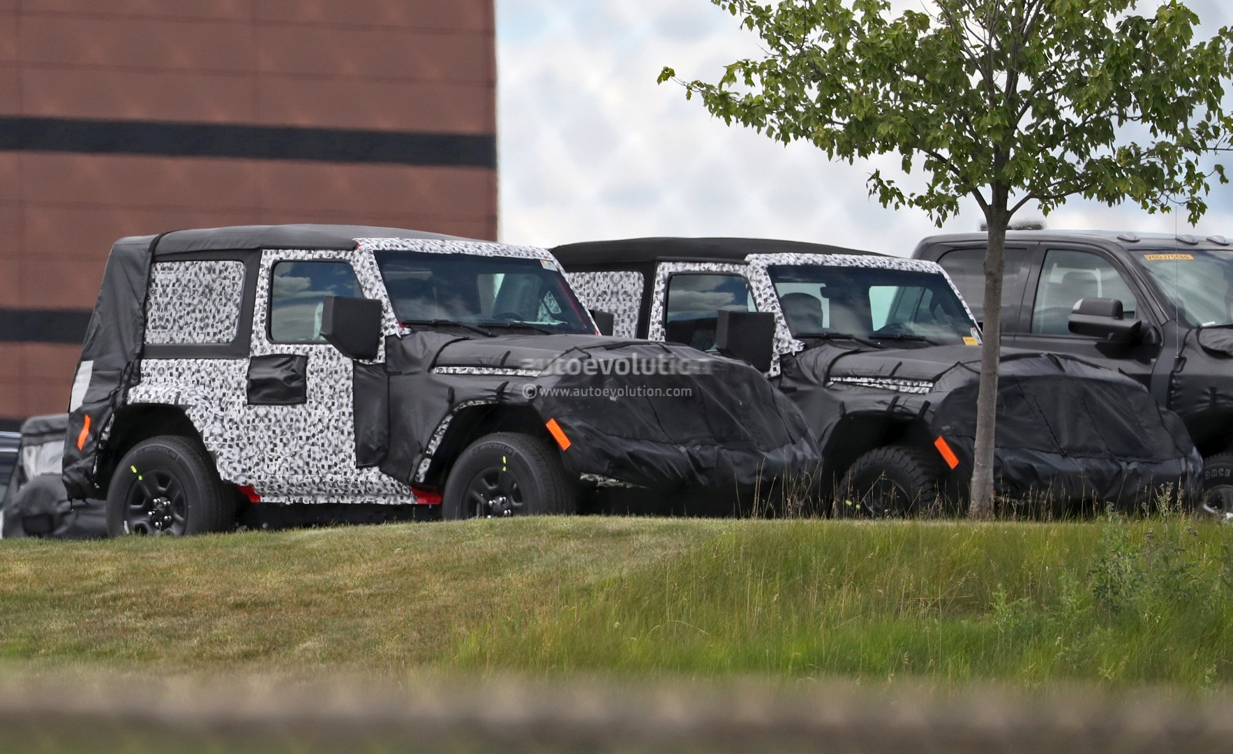 2018 Wrangler Jl Getting New Selec Trac 4wd System According To Jeep Leaking Roof Two Door Spied