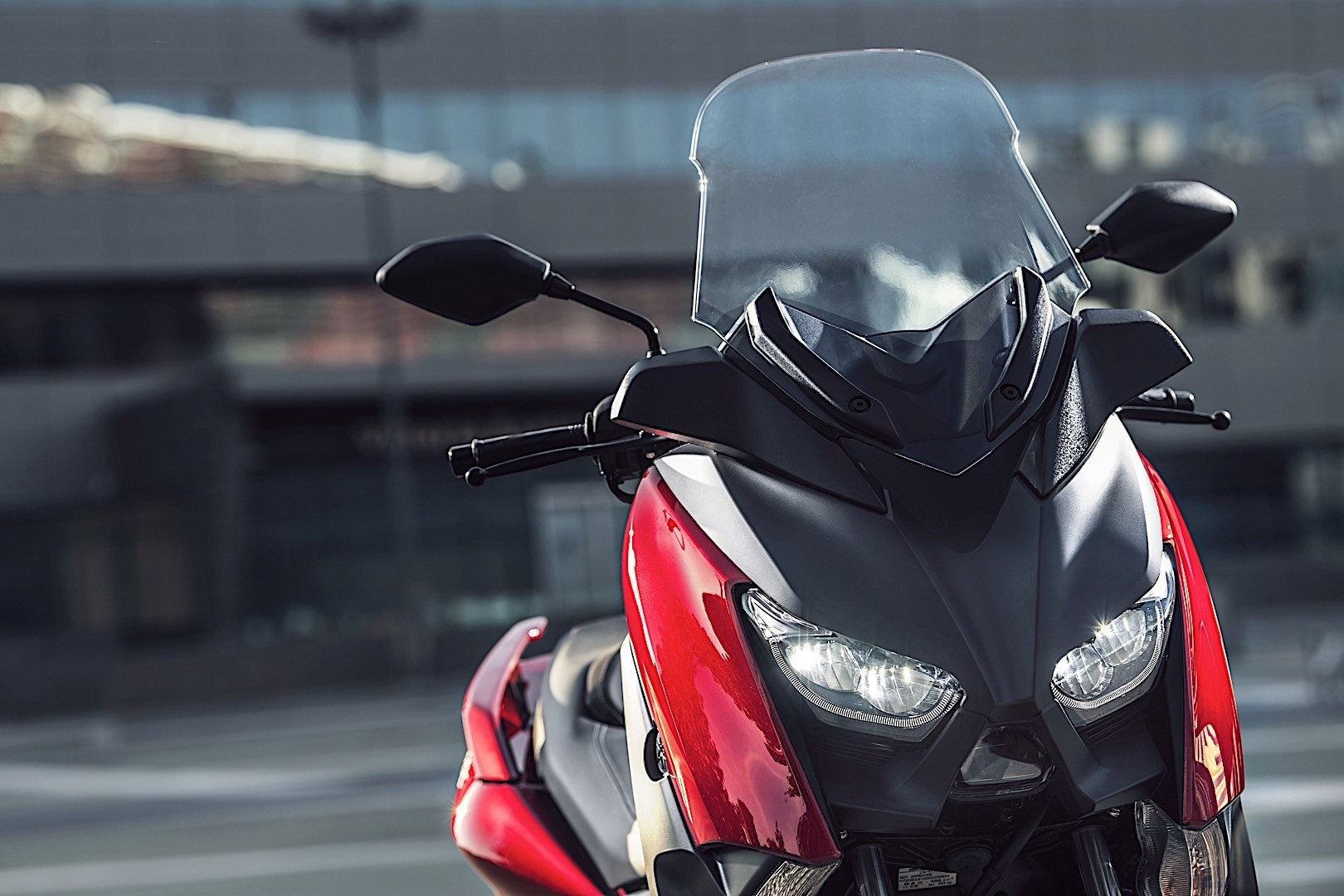2018 yamaha x max 125 is here for every city dweller autoevolution. Black Bedroom Furniture Sets. Home Design Ideas
