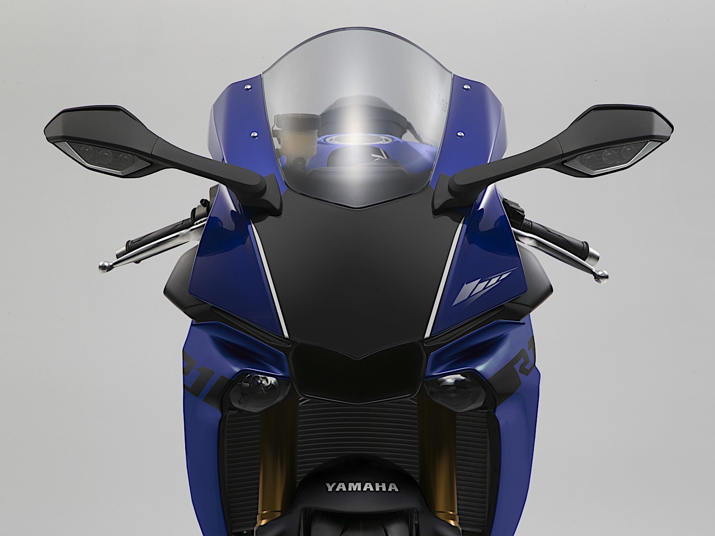 Yamaha Yzf R1m And Yzf R1 Get Performance Upgrades For