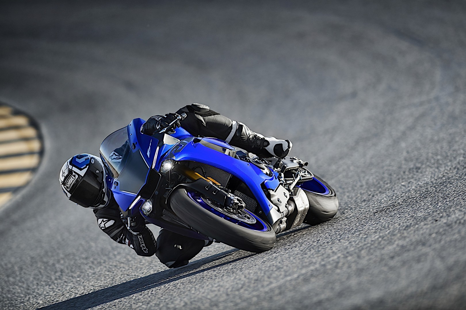 2015 Yamaha YZF-R1, R1M and R3 European Prices Announced - autoevolution