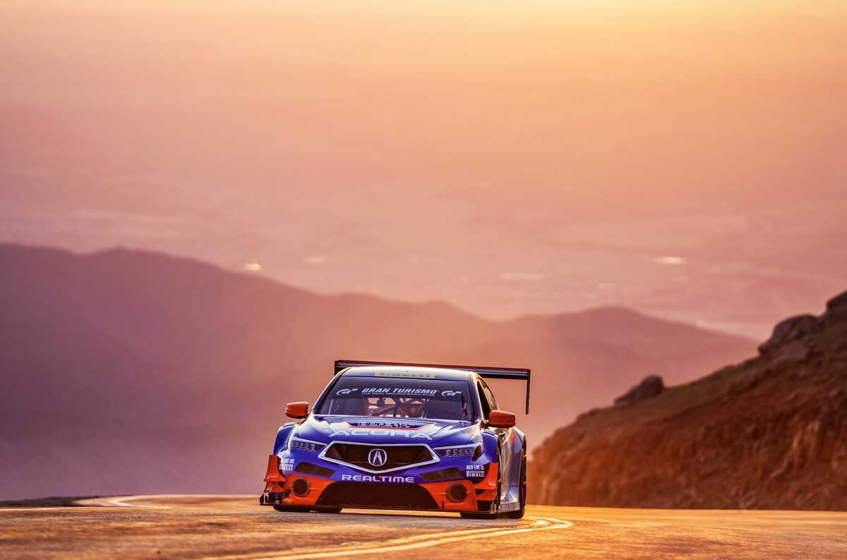 2019 Acura RDX Turned Into a Racing Car for Pikes Peak ...