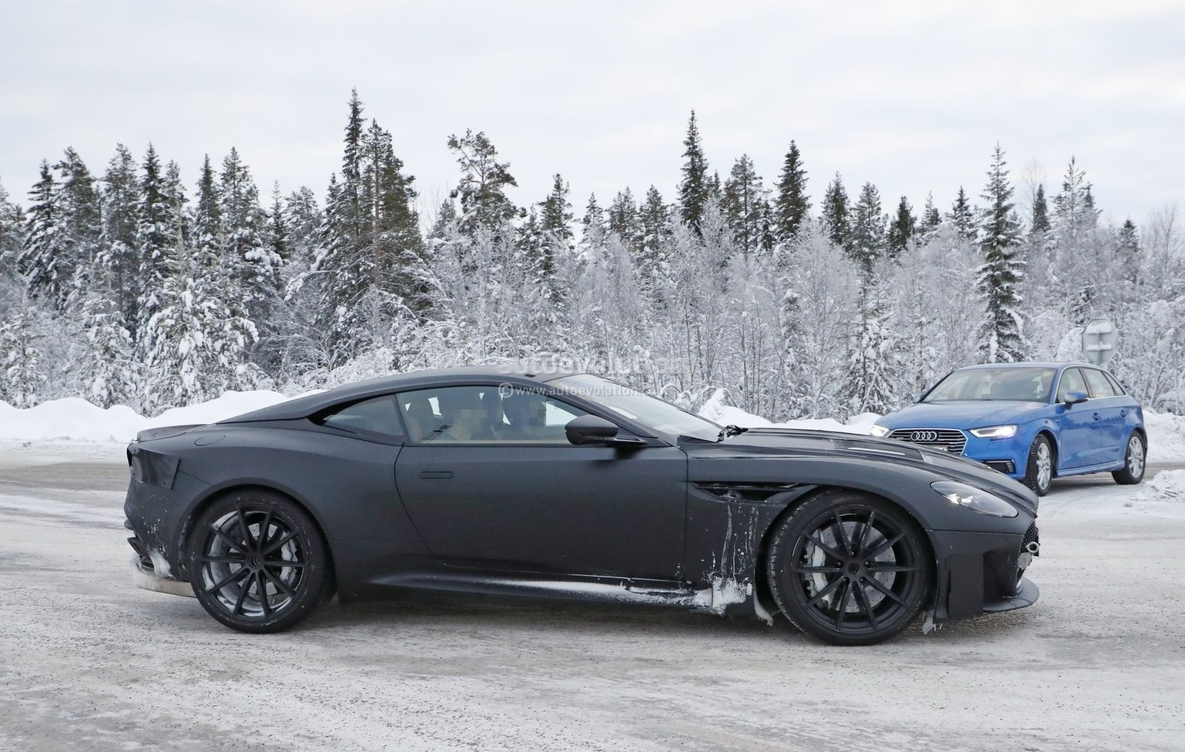 2019 Aston Martin Dbs Superleggera Sounds Like Rolling Thunder