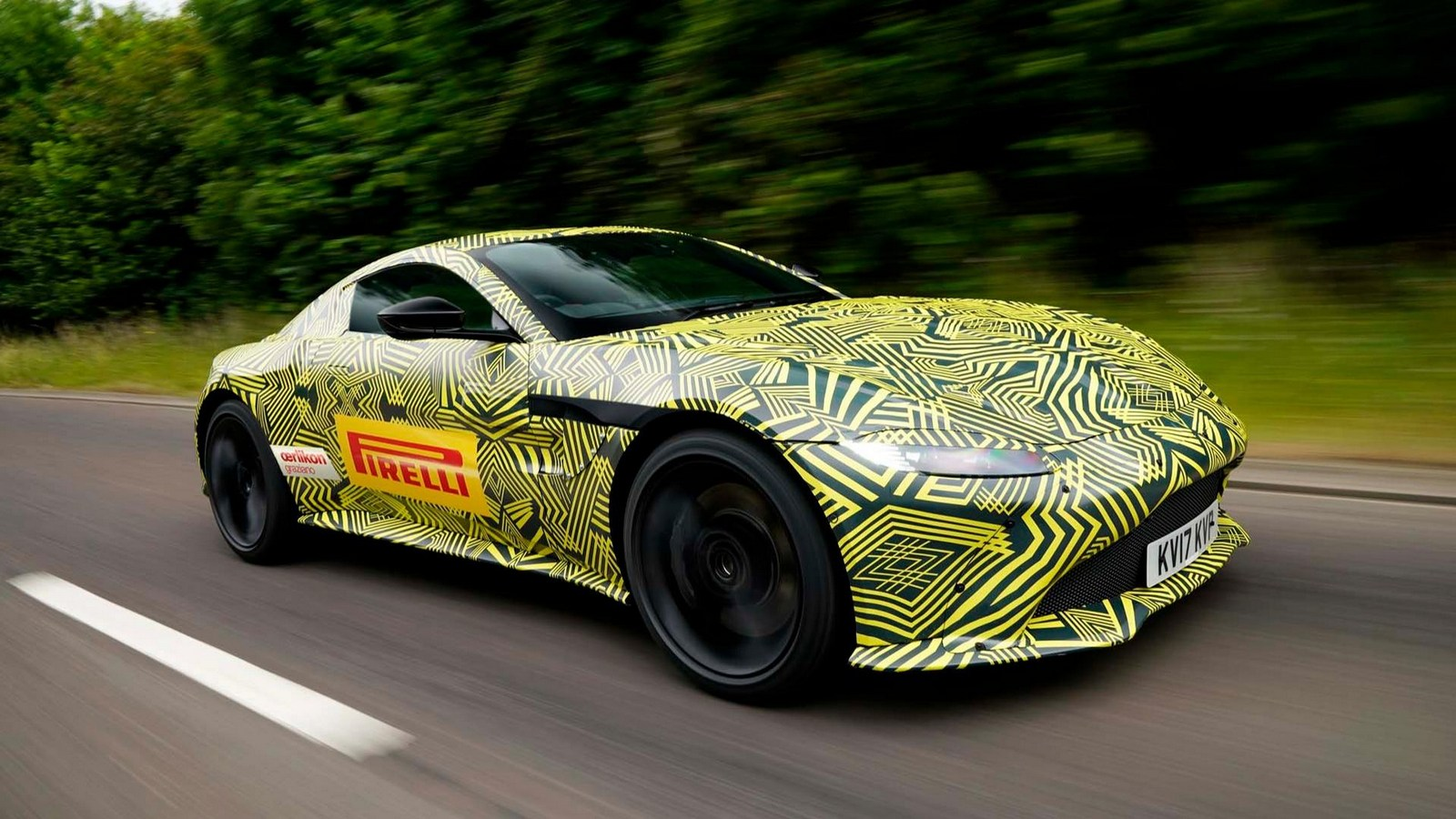 2019 Aston Martin V8 Vantage ...
